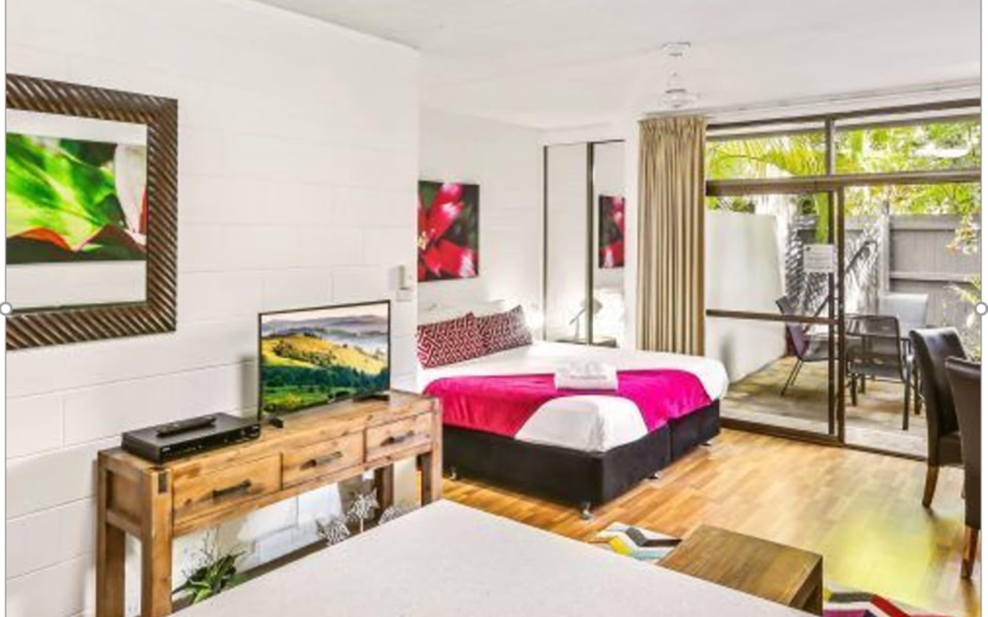 Cascade Gardens Holiday Apartments in Cairns:  Cascade Gardens Room