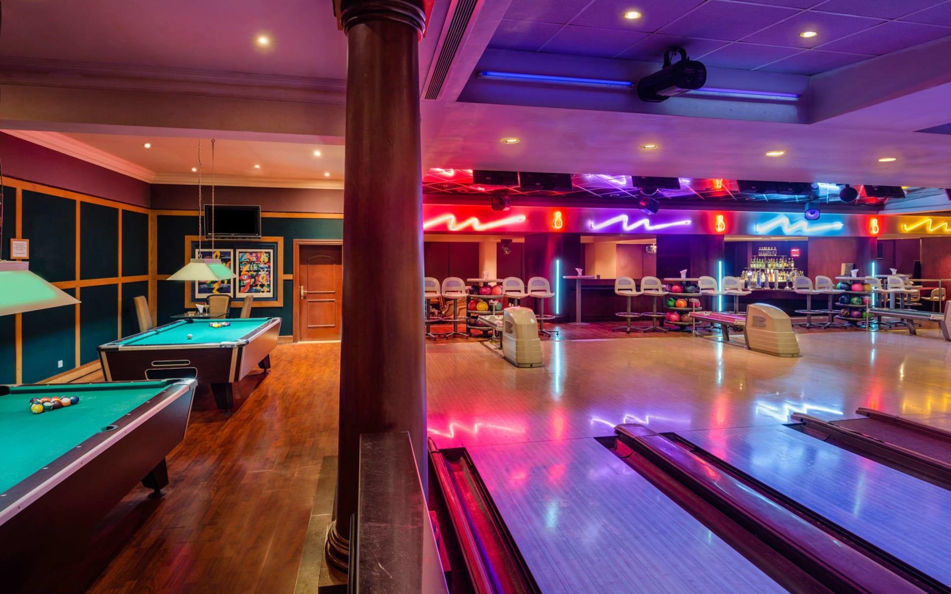 Ajman Hotel:  Cosmic Bowling