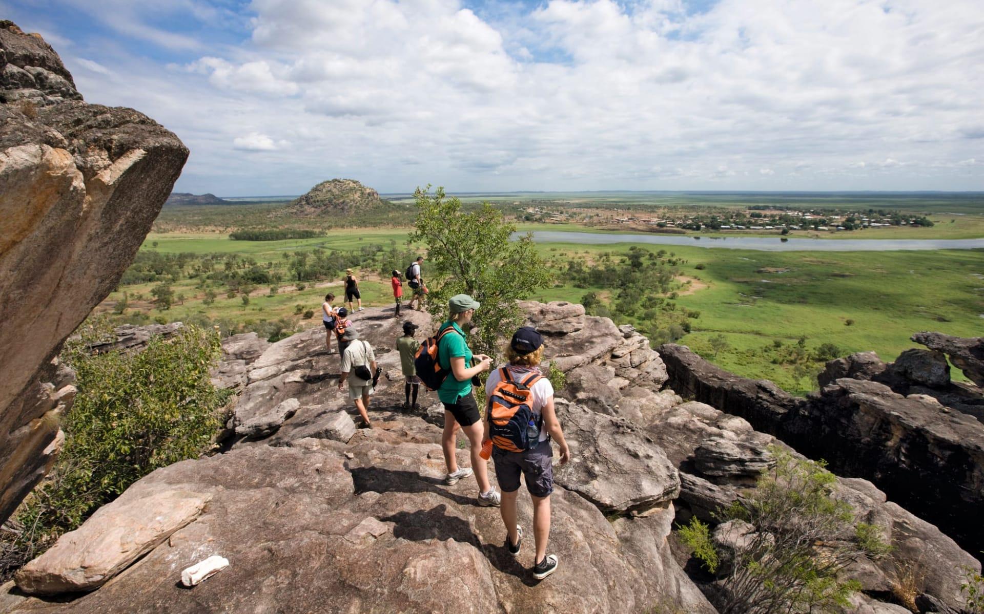 Davidson's Arnhemland Safaris in Jabiru: Davidson's Arnhemland Safaris - Ubirr Rock