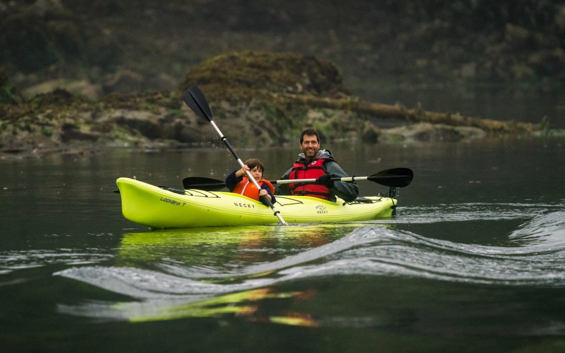 Bärenbeobachtung Farewell Lodge ab Vancouver Island: activities: Farewell Lodge - Kayaking