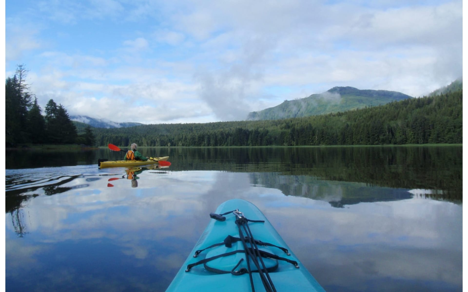 Bärenbeobachtung Knight Inlet Lodge 3 Tage ab Campbell River: activities: Knight Inlet Lodge - Kayaking