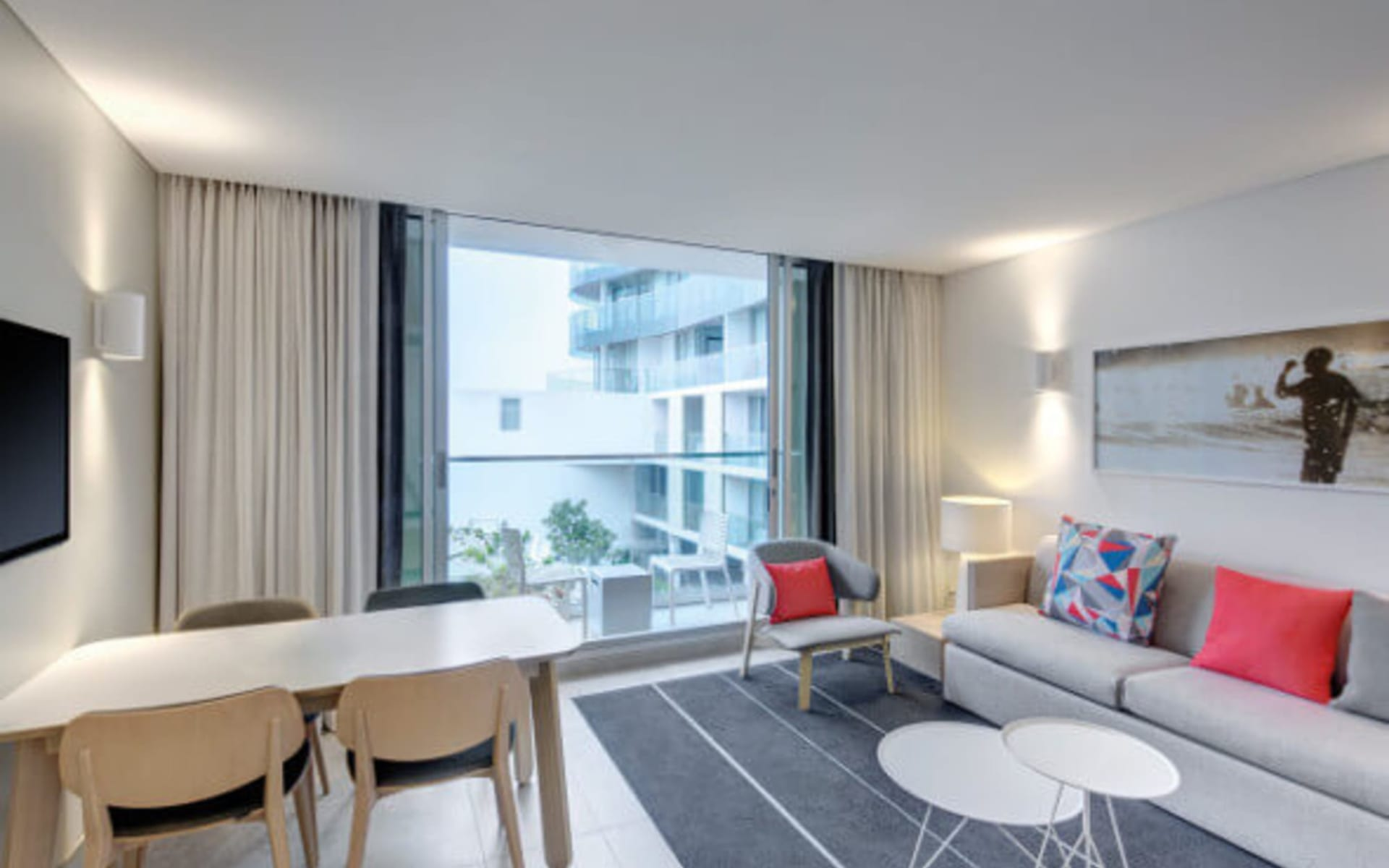 Adina Apartment Hotel Bondi Beach in Sydney - Bondi Beach: Adina-apartment-hotel-bondi-beach-one-bedroom-apartment-lounge-2016-square