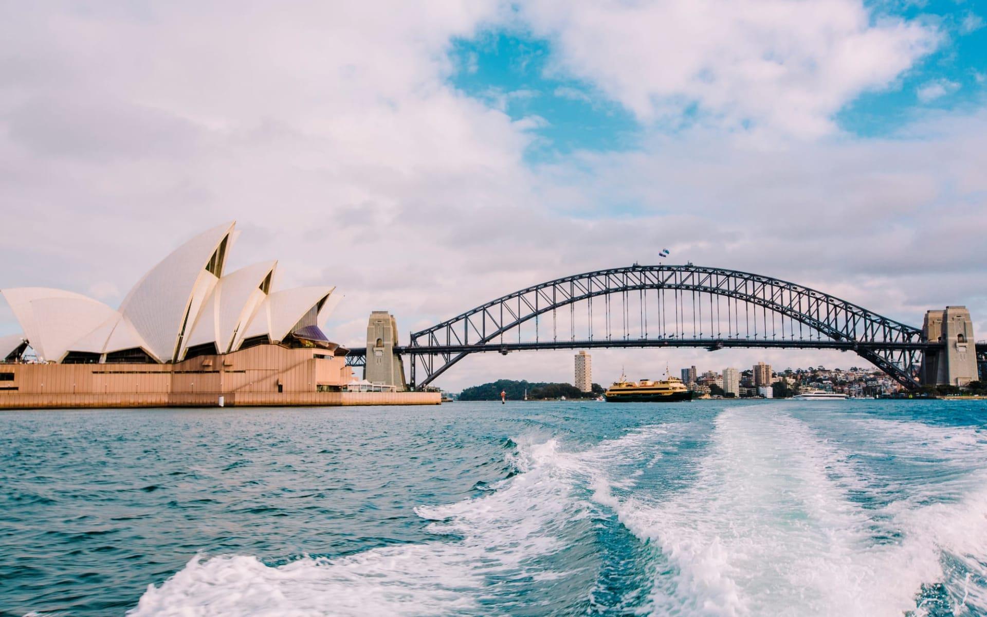 Faszination Australien (AAT Kings) ab Melbourne: Australia - New South Wales - Sydney - Opera und Harbour Bridge