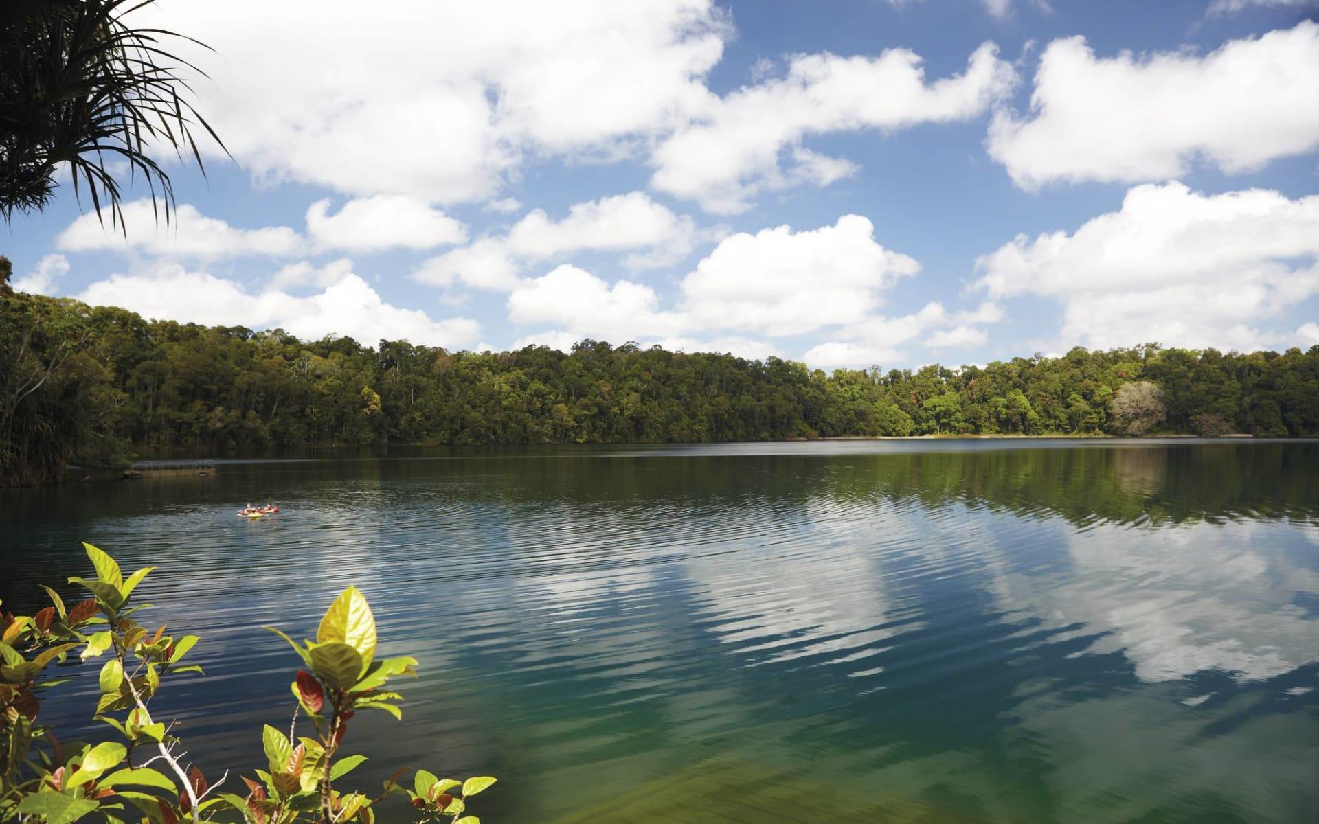 Queensland at its Best - Hinterland ab Brisbane: Australia - Queensland - Atherton Tablelands - Lake Eacham