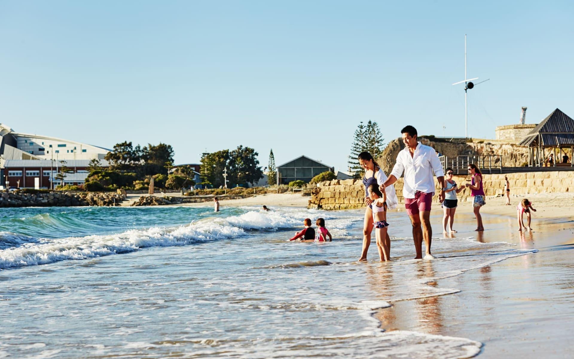 Great Western Explorer - Perth bis Darwin: Australia - Western Australia - Perth - Fremantle Beach