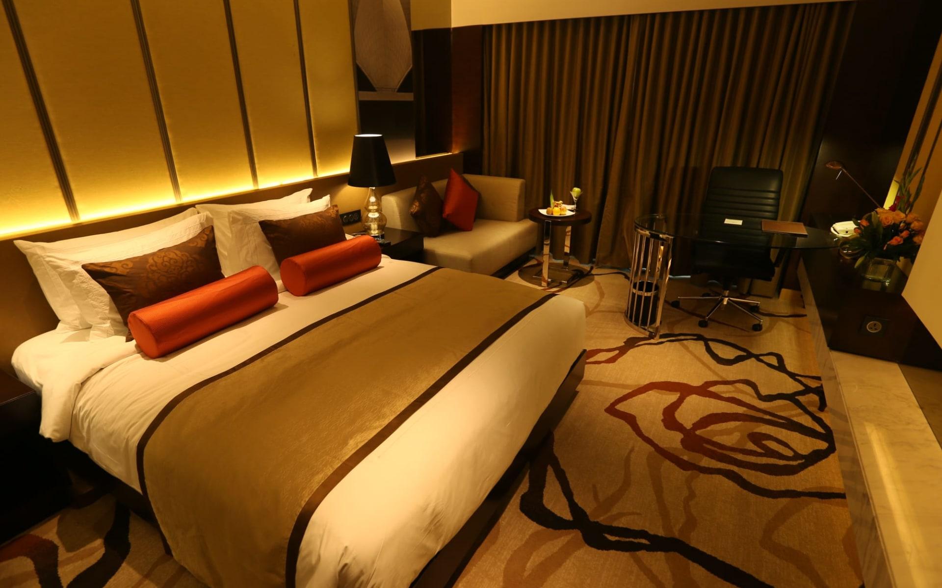 Pride Plaza Hotel Aerocity in Delhi: Bedroom 1a - Final