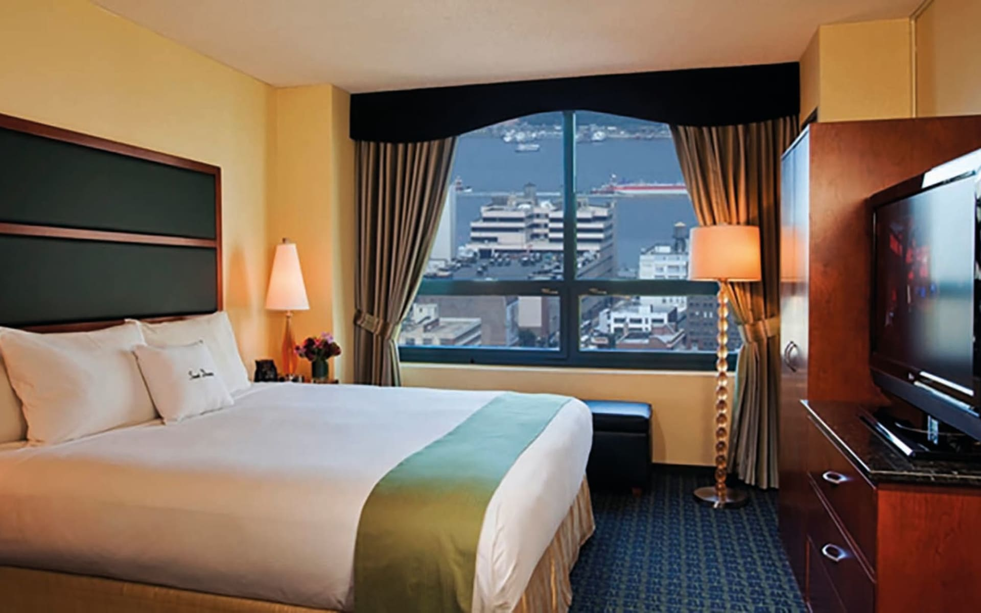 DoubleTree Suites by Hilton- Times Square in New York - Manhattan: Doubletree Times Square - Standard Room