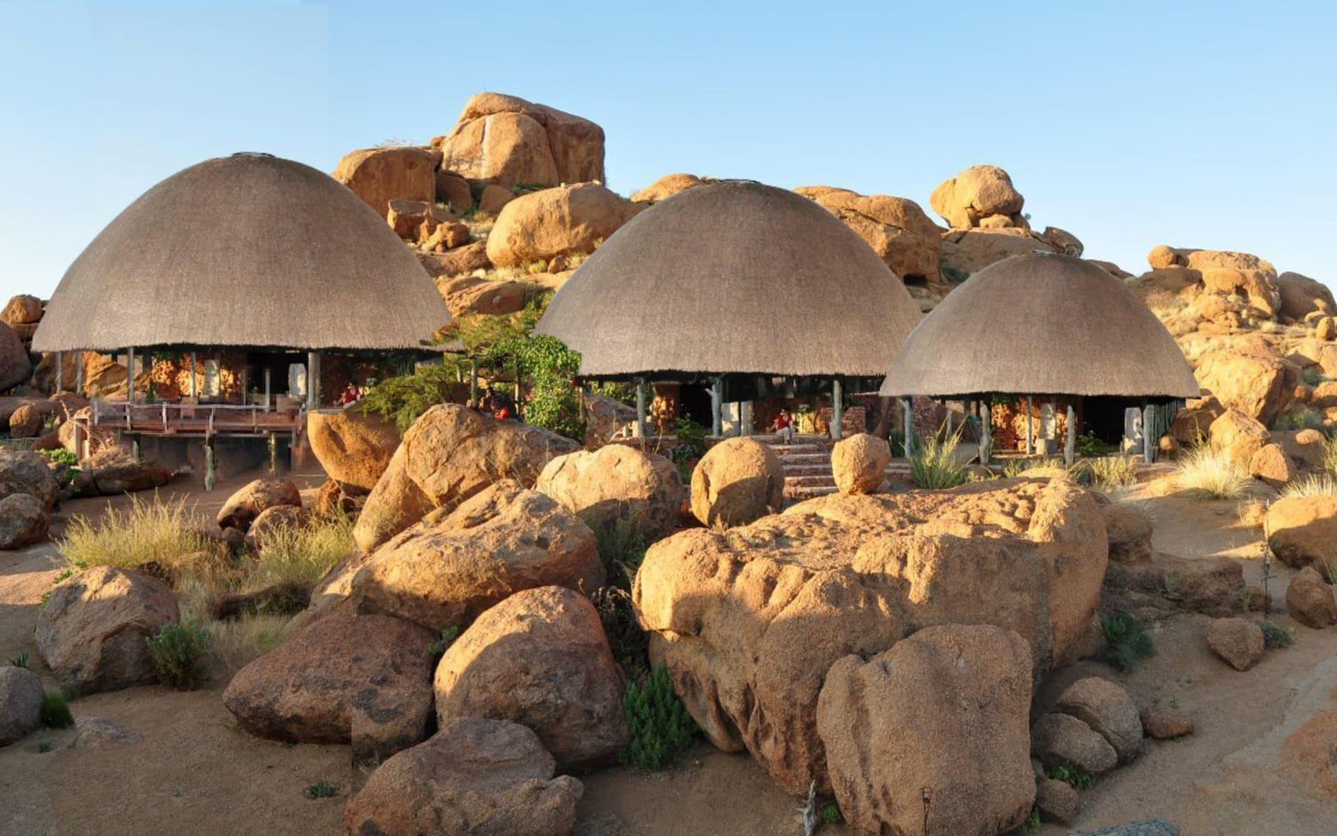 Camp Kipwe in Twyfelfontein Region: 09_151_4_Camp Kipwe