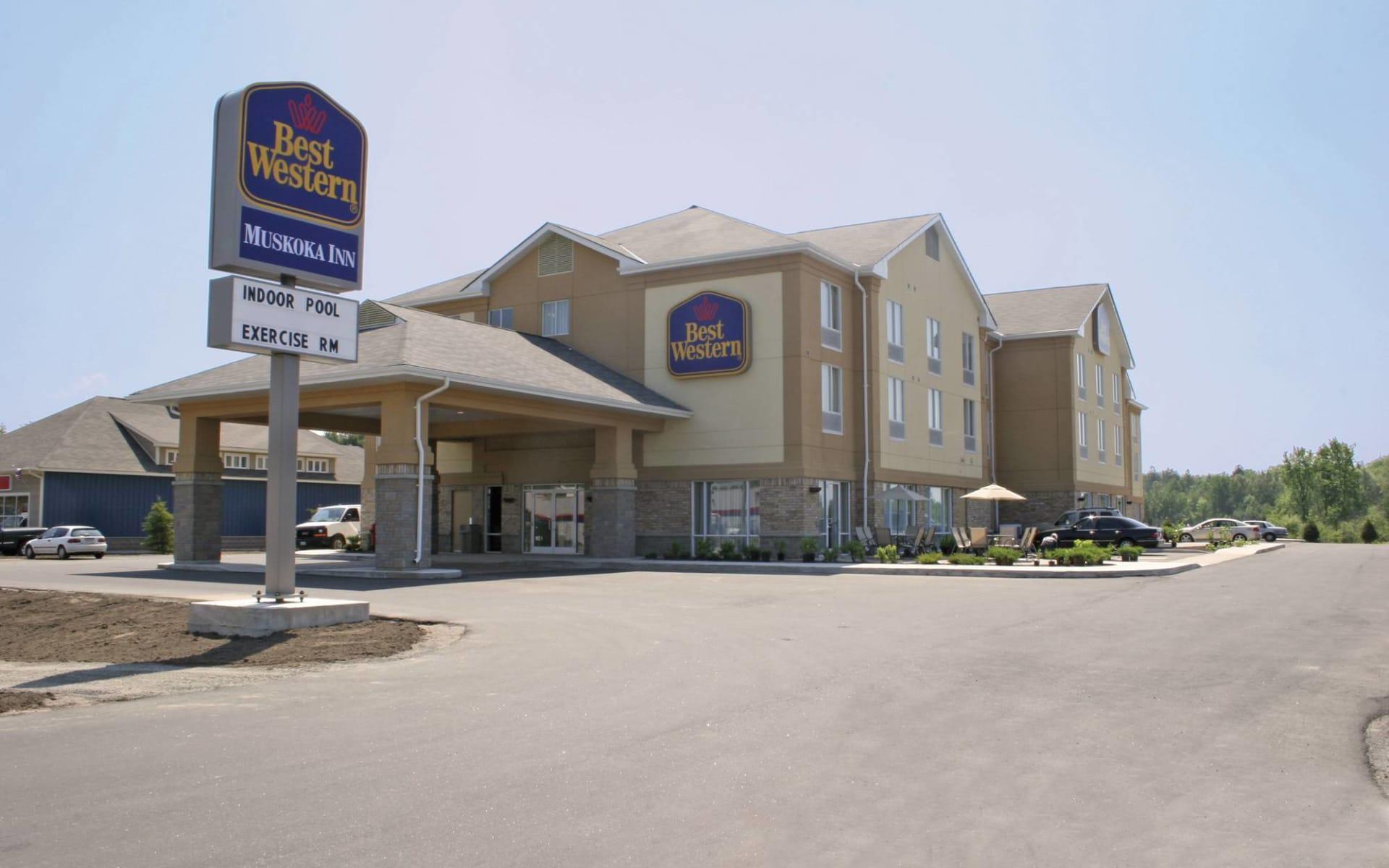 Best Western Plus Muskoka Inn in Huntsville:  2014_187_1_Best Western Muskoka Inn, Algonquin P.P.
