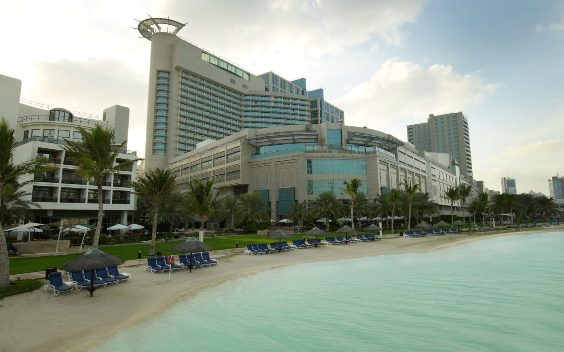 Beach Rotana Hotel & Towers in Abu Dhabi: