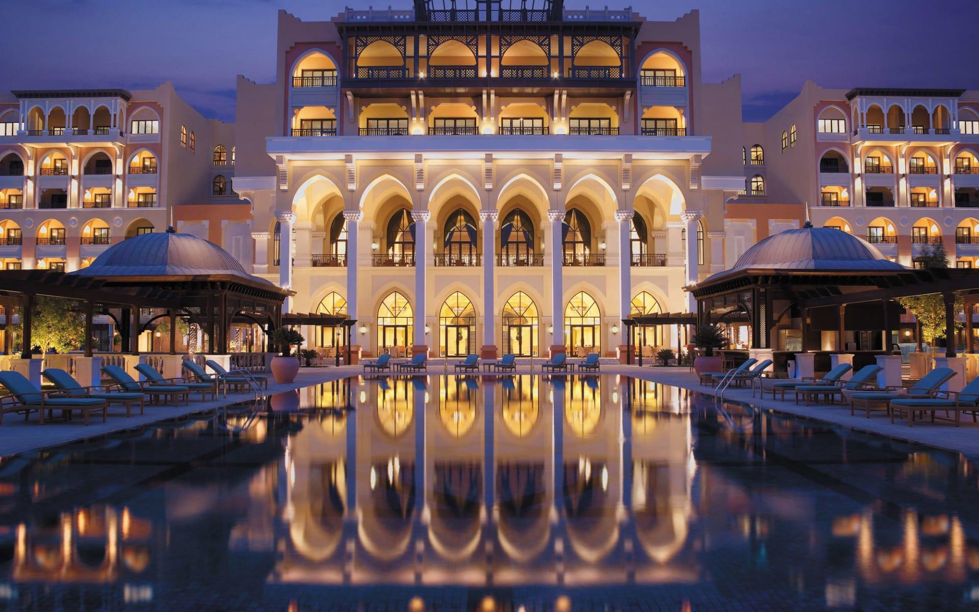 Shangri-La Hotel Qaryat al Beri in Abu Dhabi: