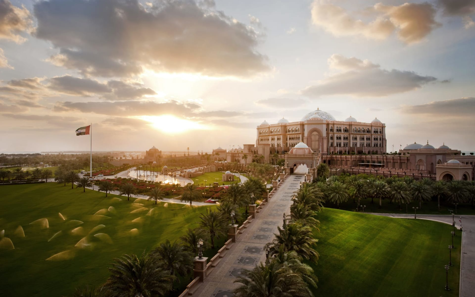 Emirates Palace in Abu Dhabi: