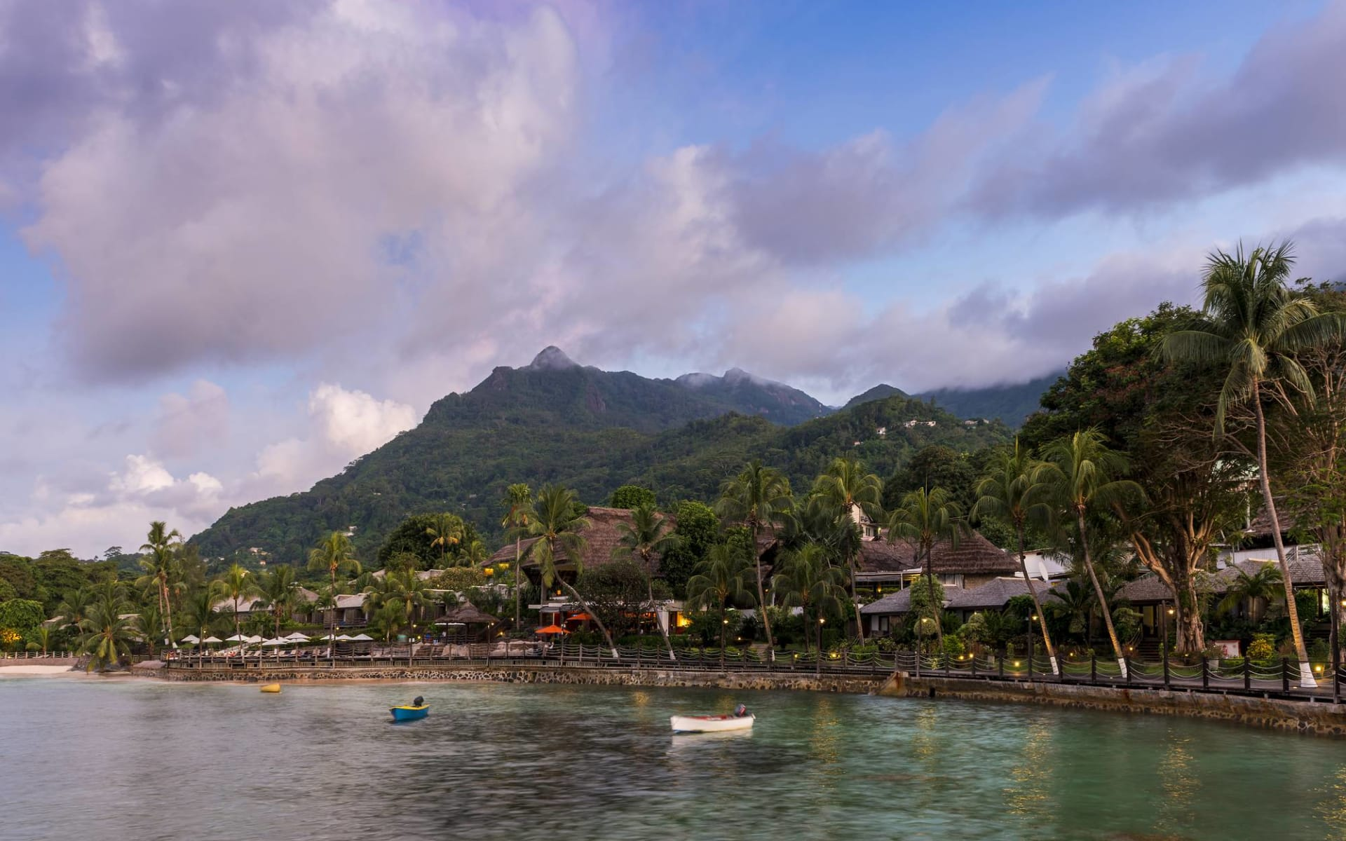 Fisherman's Cove Resort in Mahé: