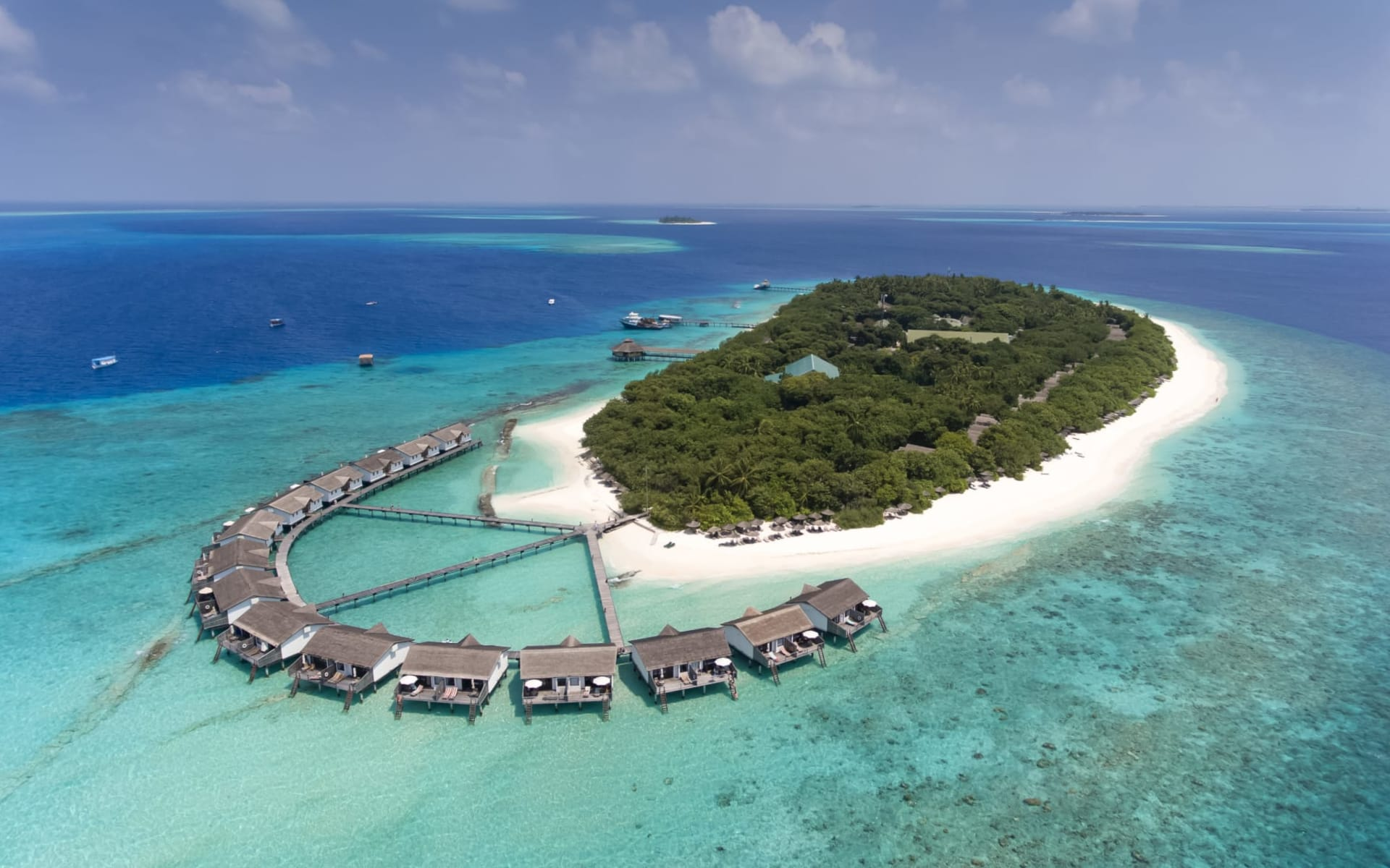 Reethi Beach Resort in Baa-Atoll: