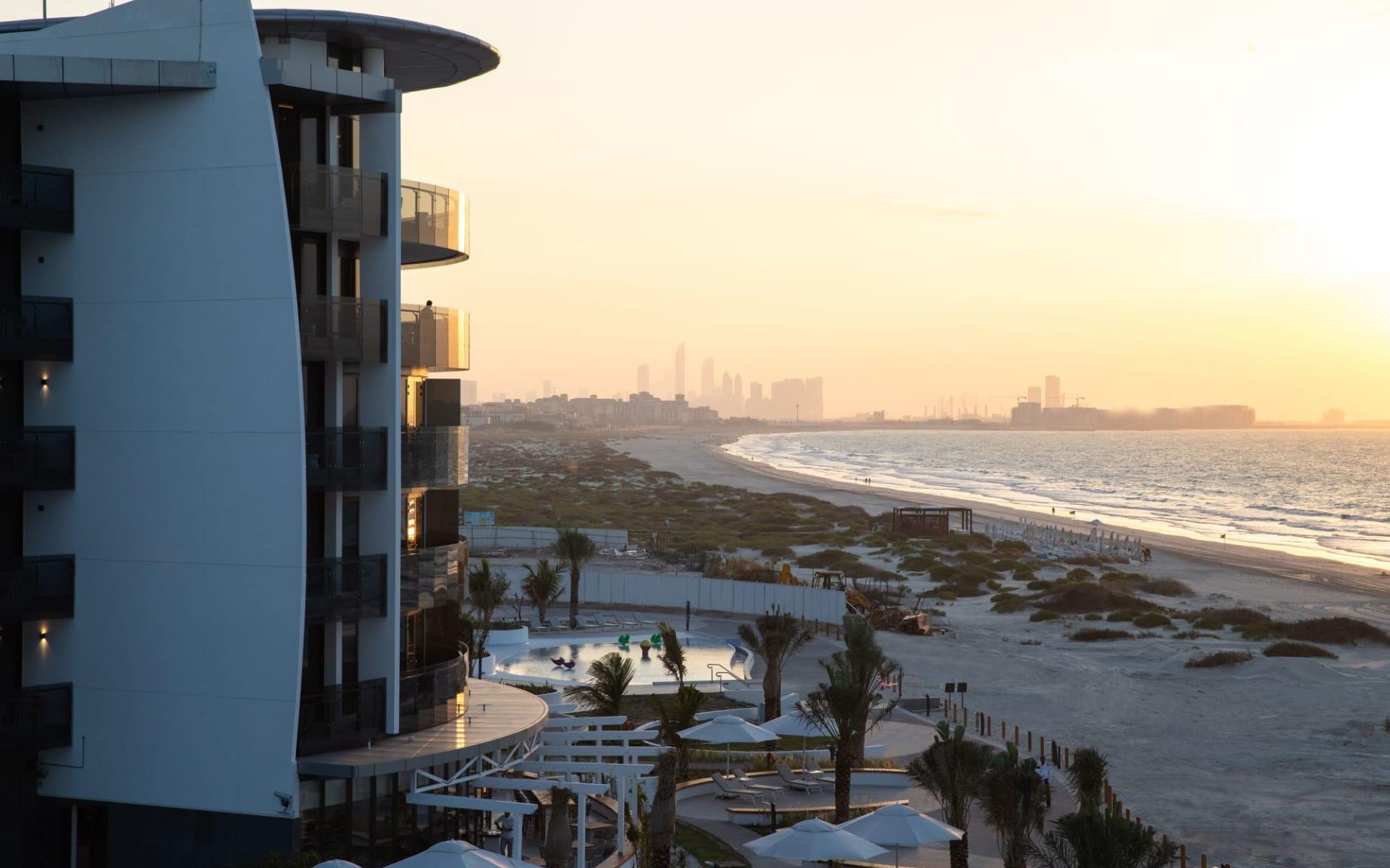 Jumeirah Saadiyat Island Resort in Abu Dhabi: