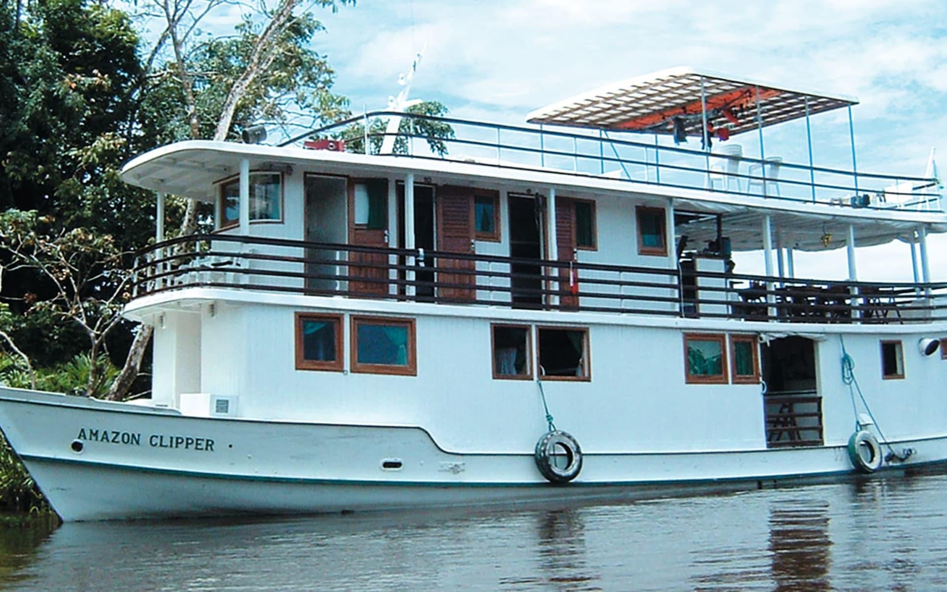 Flussfahrt Amazon Clipper Cruises / Amazonas River ab Manaus: exterior: Amazon Clipper Cruises - Amazon Clipper