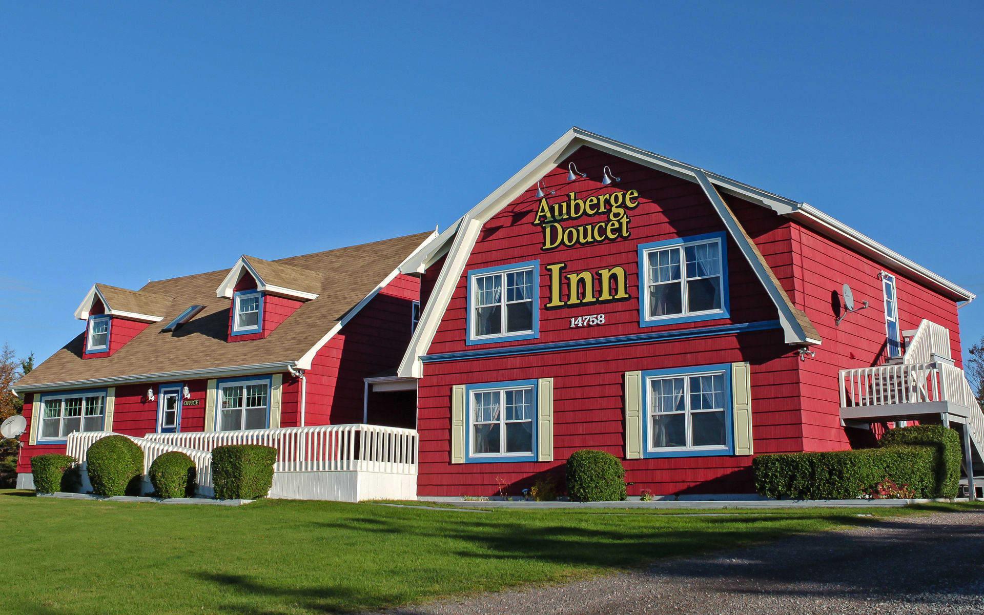 L'Auberge Doucet Inn in Cheticamp: Aussenansicht
