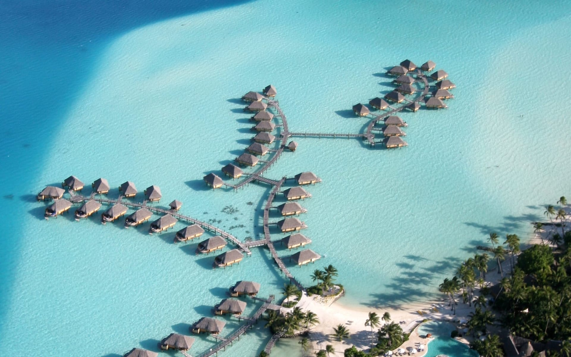 Bora Bora Pearl Beach Resort & Spa:  BBPBR_Aerial View (16)