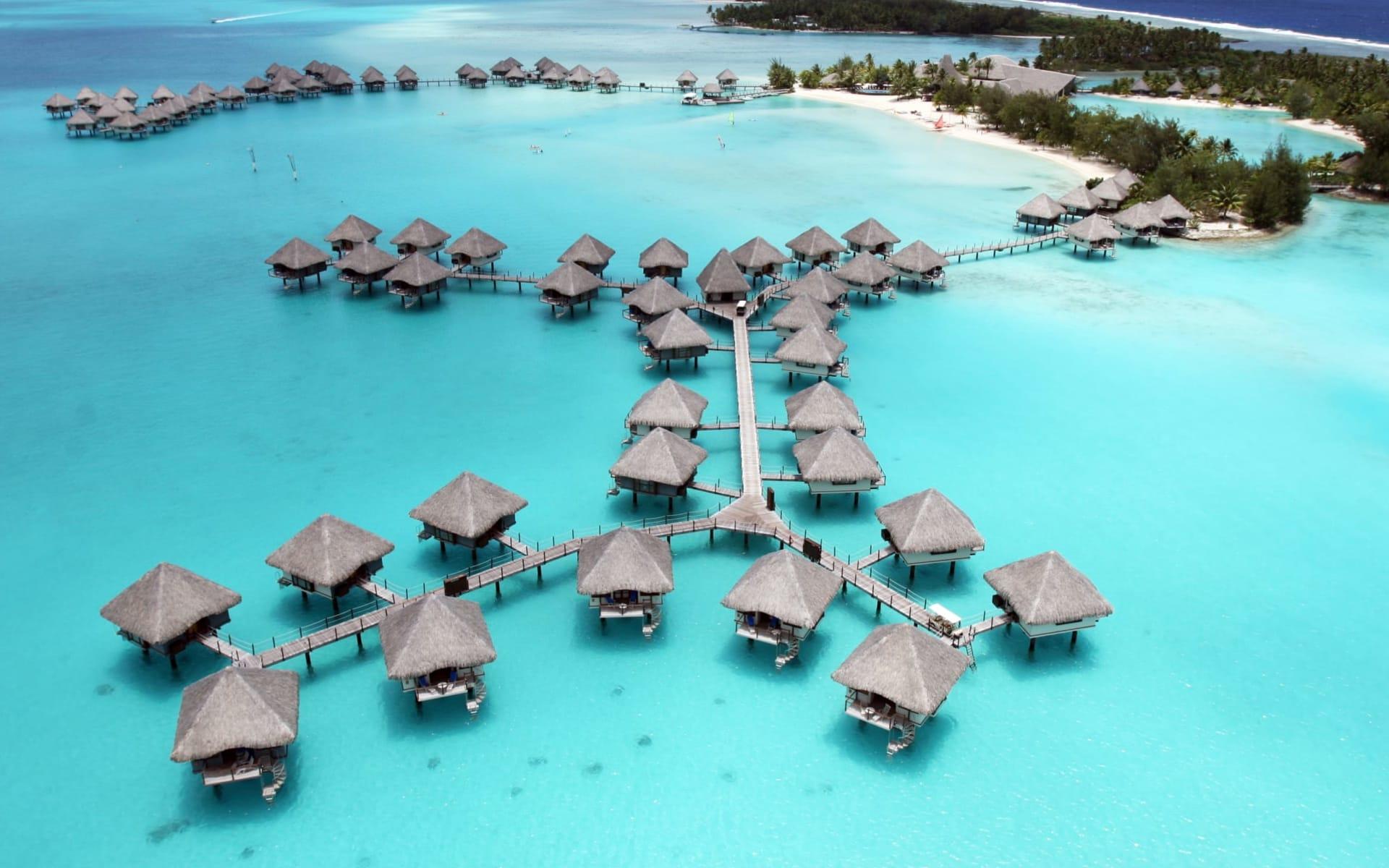 Le Méridien Bora Bora:  BOB Le Meridien - Bora Aerial View