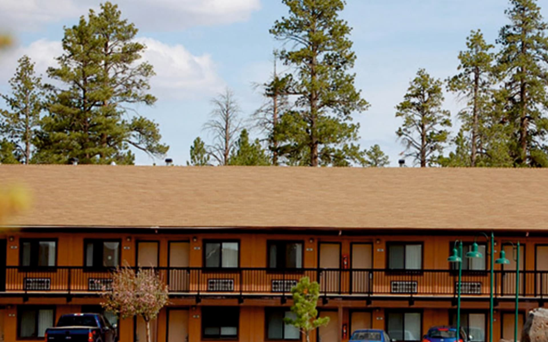 Bryce View Lodge in Bryce Canyon: exterior bryce view lodge haus garten