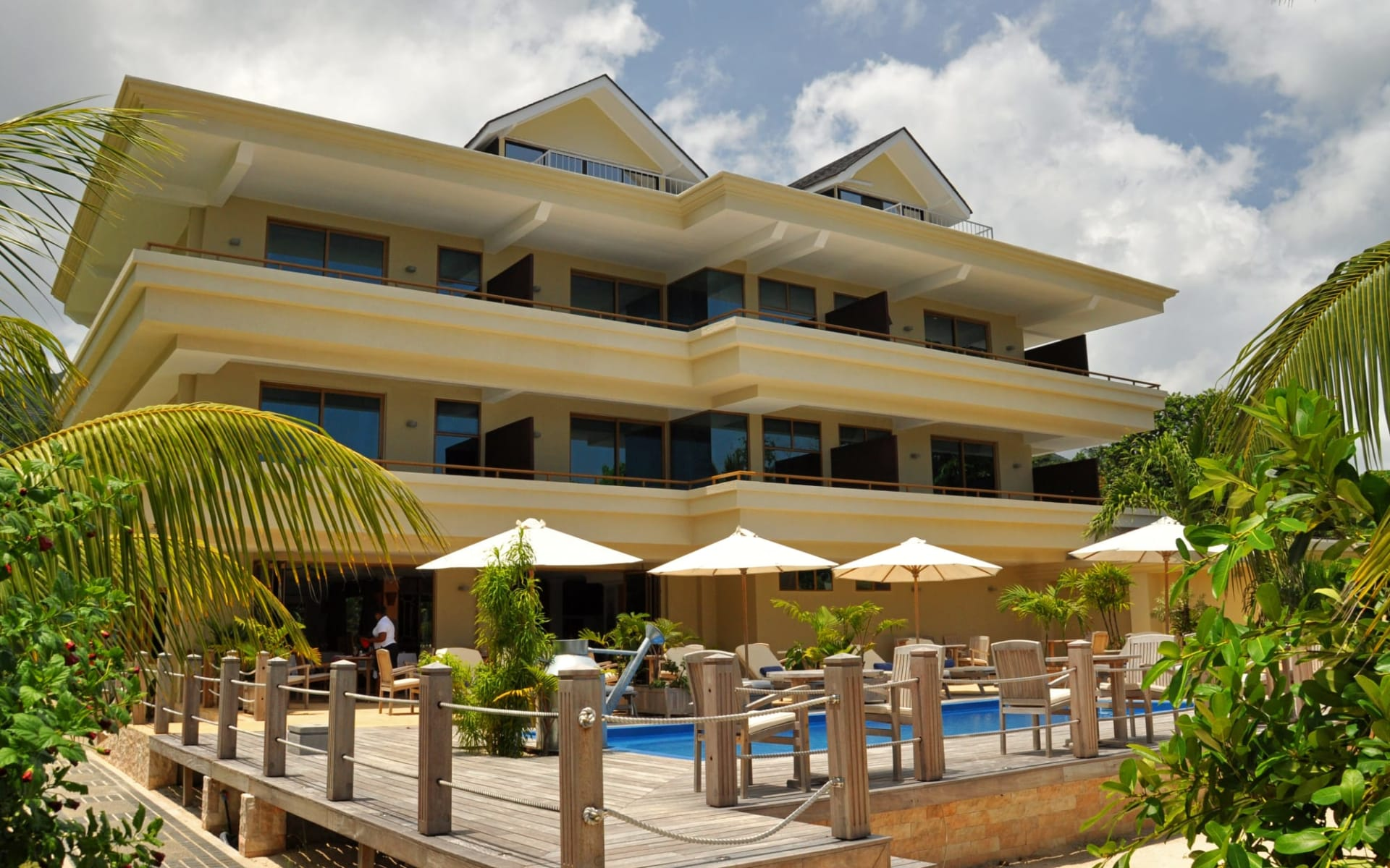 Crown Beach Hotel in Mahé:  Crown Beach