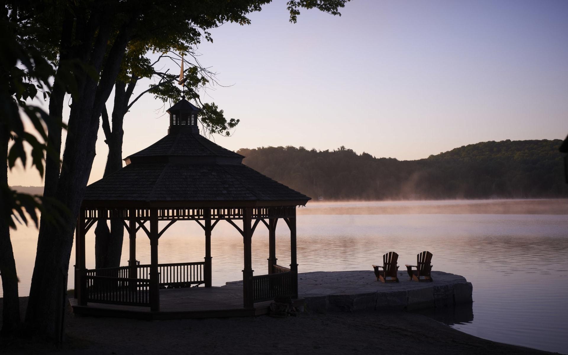 Deerhurst Resort in Huntsville: exterior_Deerhurst Resort_LakeView