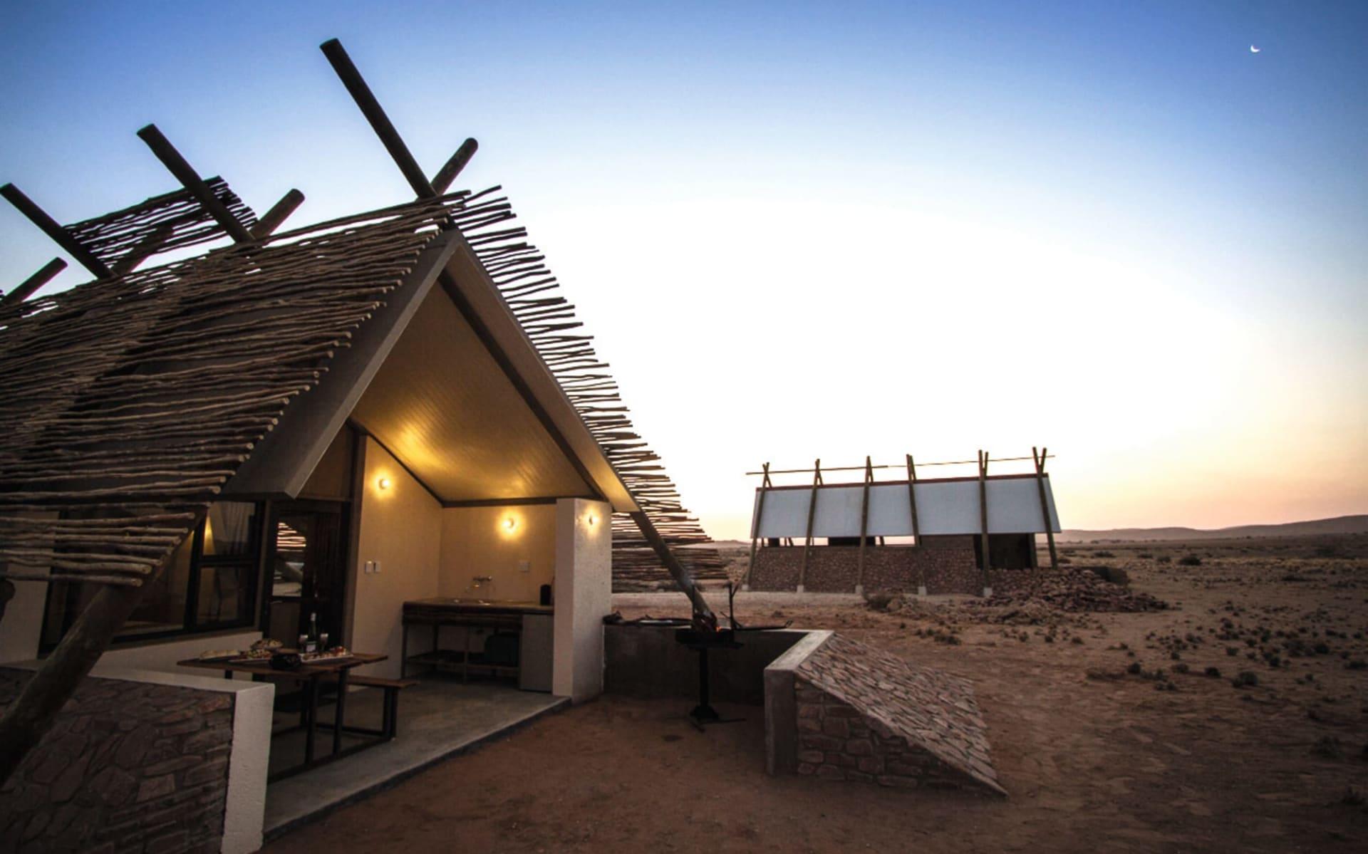 Desert Quiver Camp in Sesriem: Exterior Desert Quiver Lodge Blick auf Chalet
