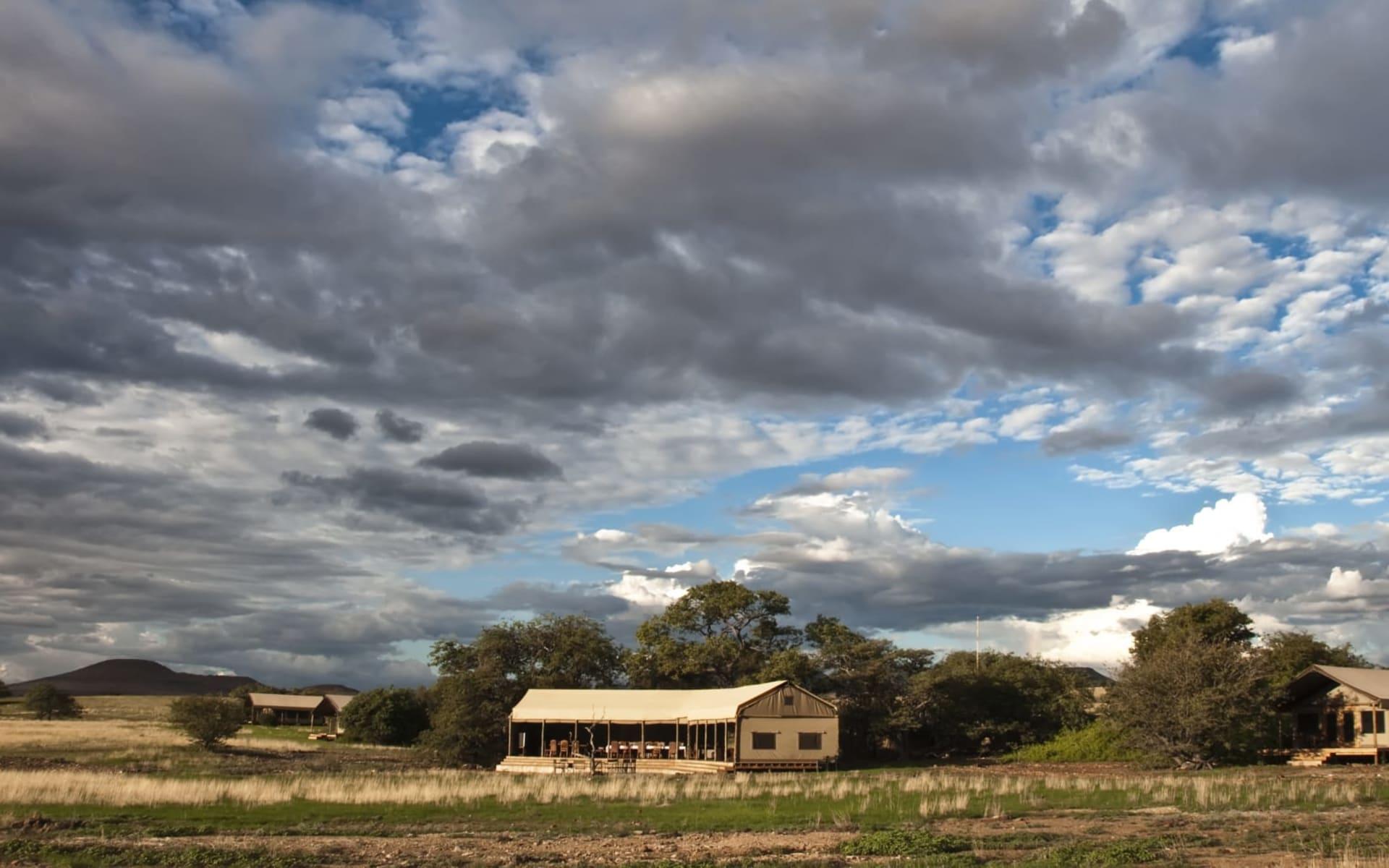 Desert Rhino Camp in Damaraland: Desert Rhino Camp
