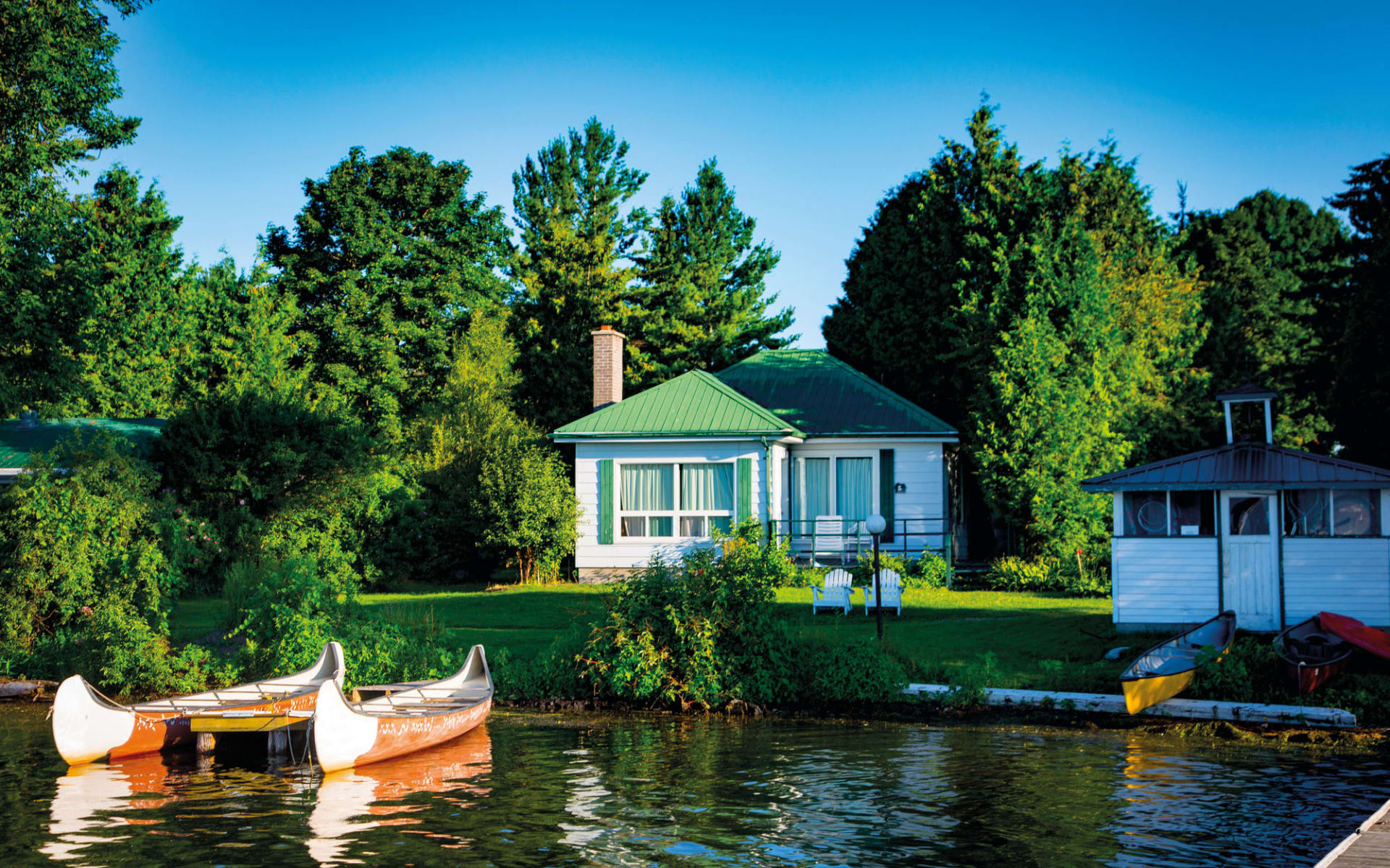 Elmhirst's Resort in Keene:  Elmhirst's Resort_Cottage&Canoes