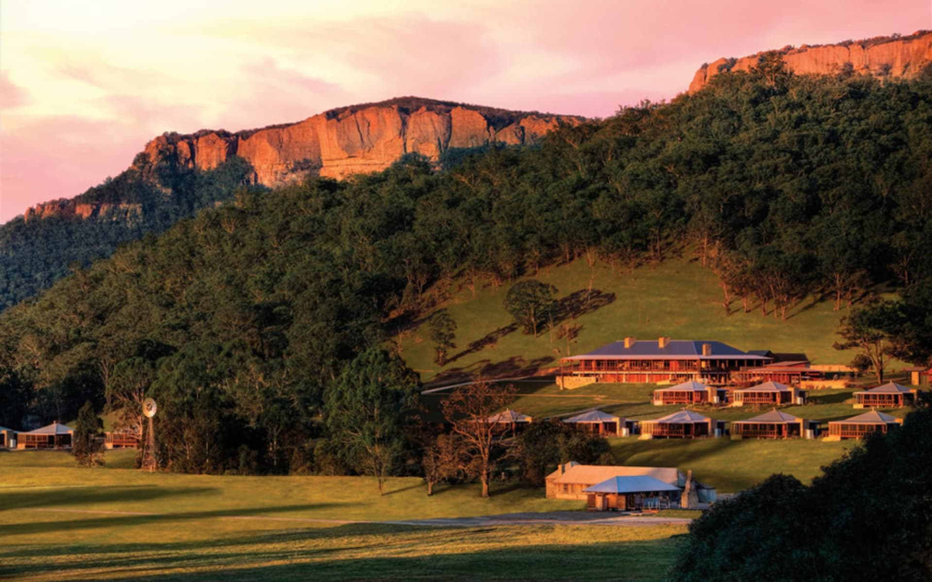 Emirates One & Only Wolgan Valley in Blue Mountains:  Emirates One&Only Wolgan Valley - gesamte Anlage, Copyright Emirates