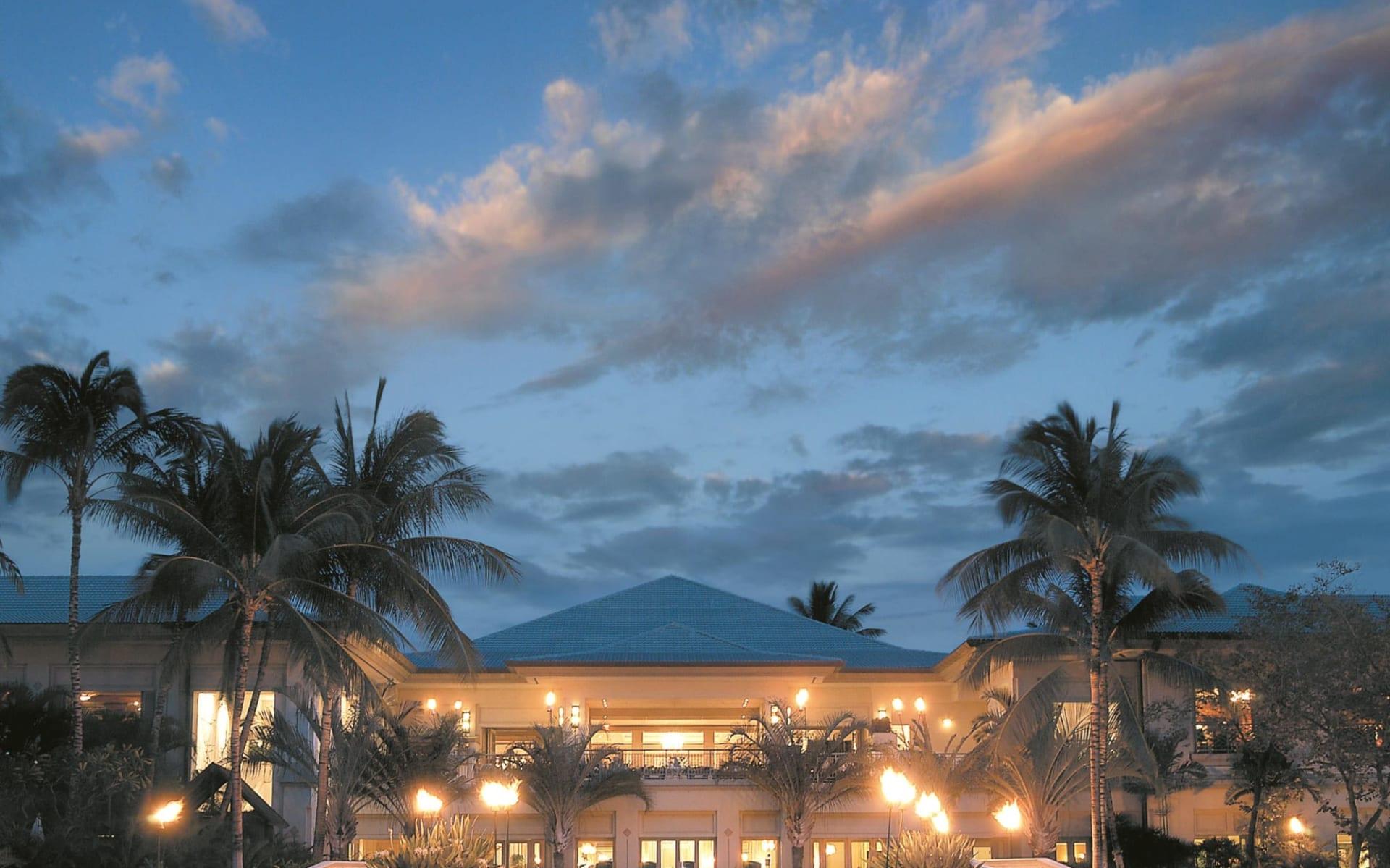 Fairmont Orchid in Waikoloa: Exterior_Fairmont Orchid_Hotel_BON
