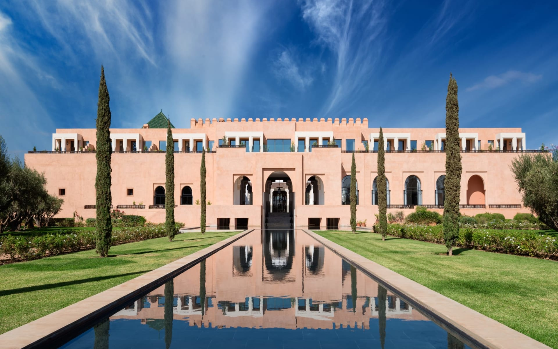 The Oberoi Marrakech in Marrakesch: Grand Canal towards main building