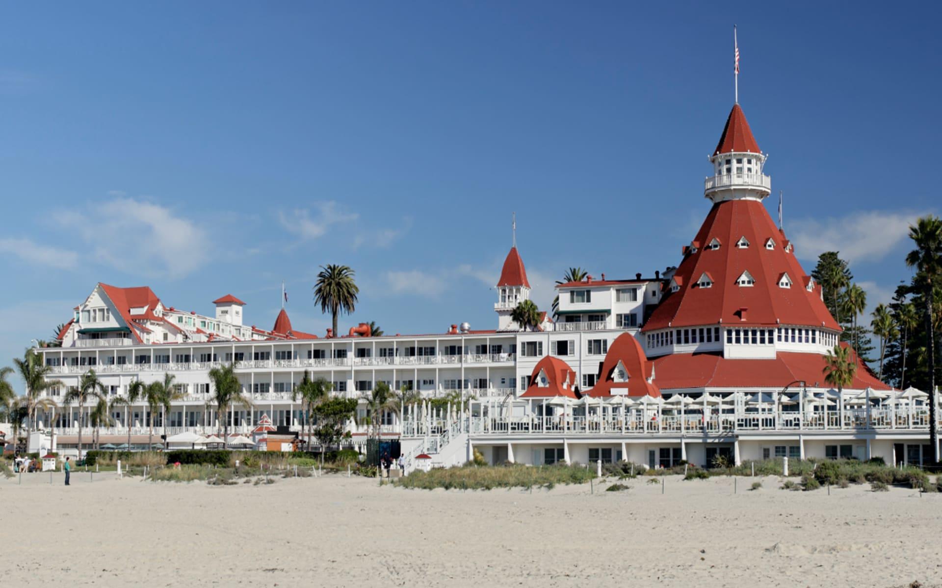 Hotel del Coronado in San Diego: exterior hotel del coronado sandstrand