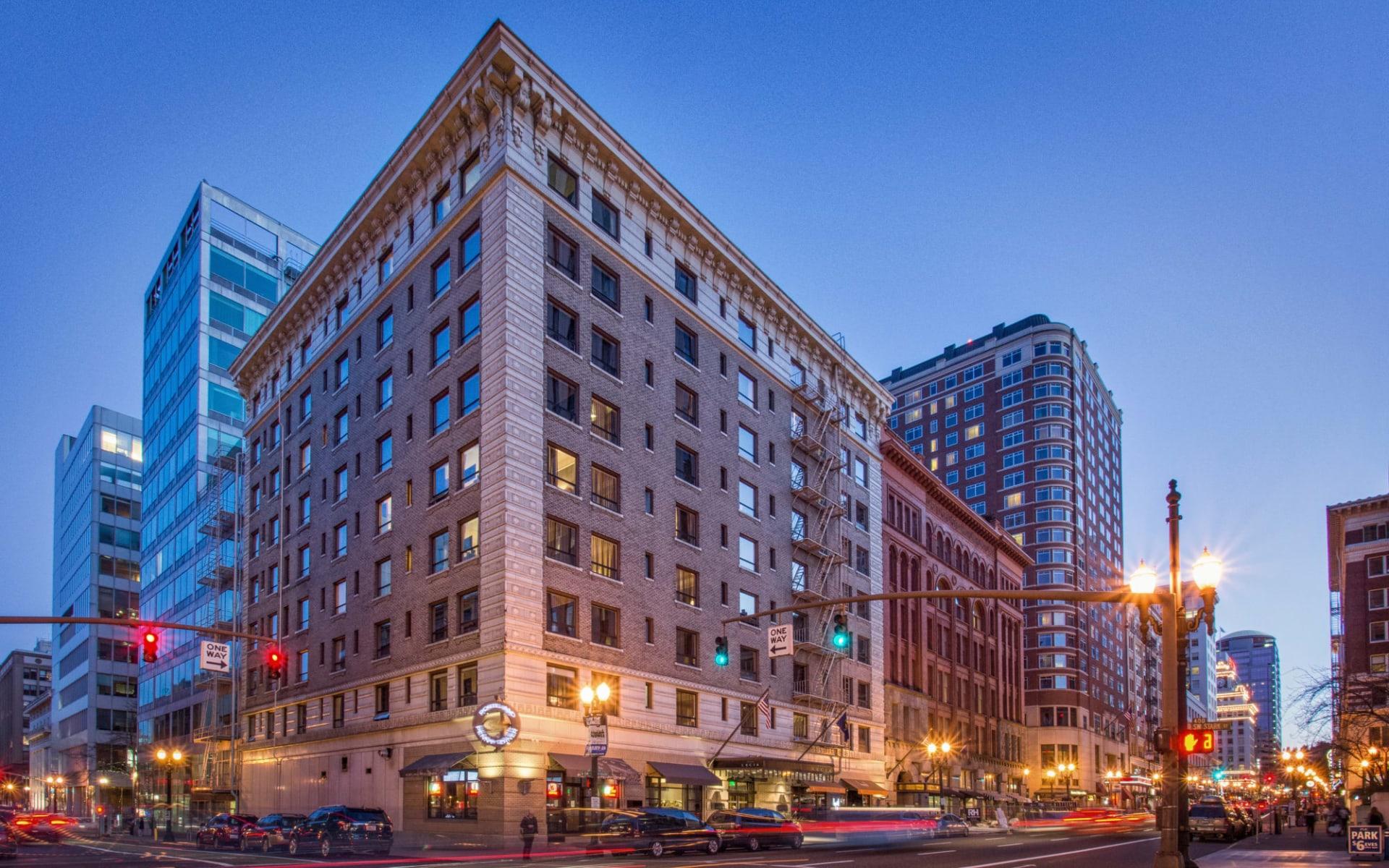 Hotel Lucia in Portland: Exterior__Hotel Lucia_Ausseansicht_Tourmappers