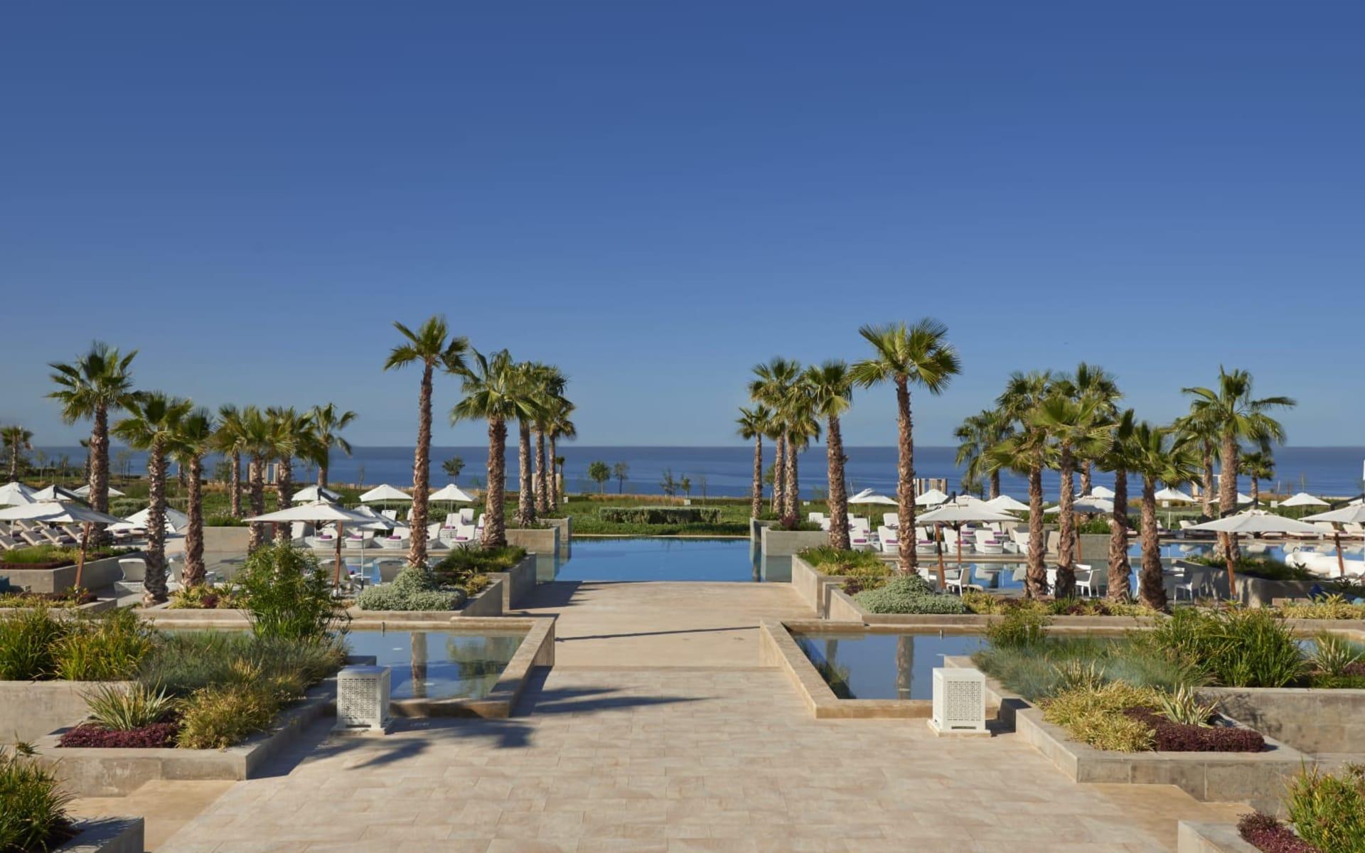Hyatt Place Taghazout in Agadir:  Hyatt Place Taghazout - Blick über Pool zum Meer