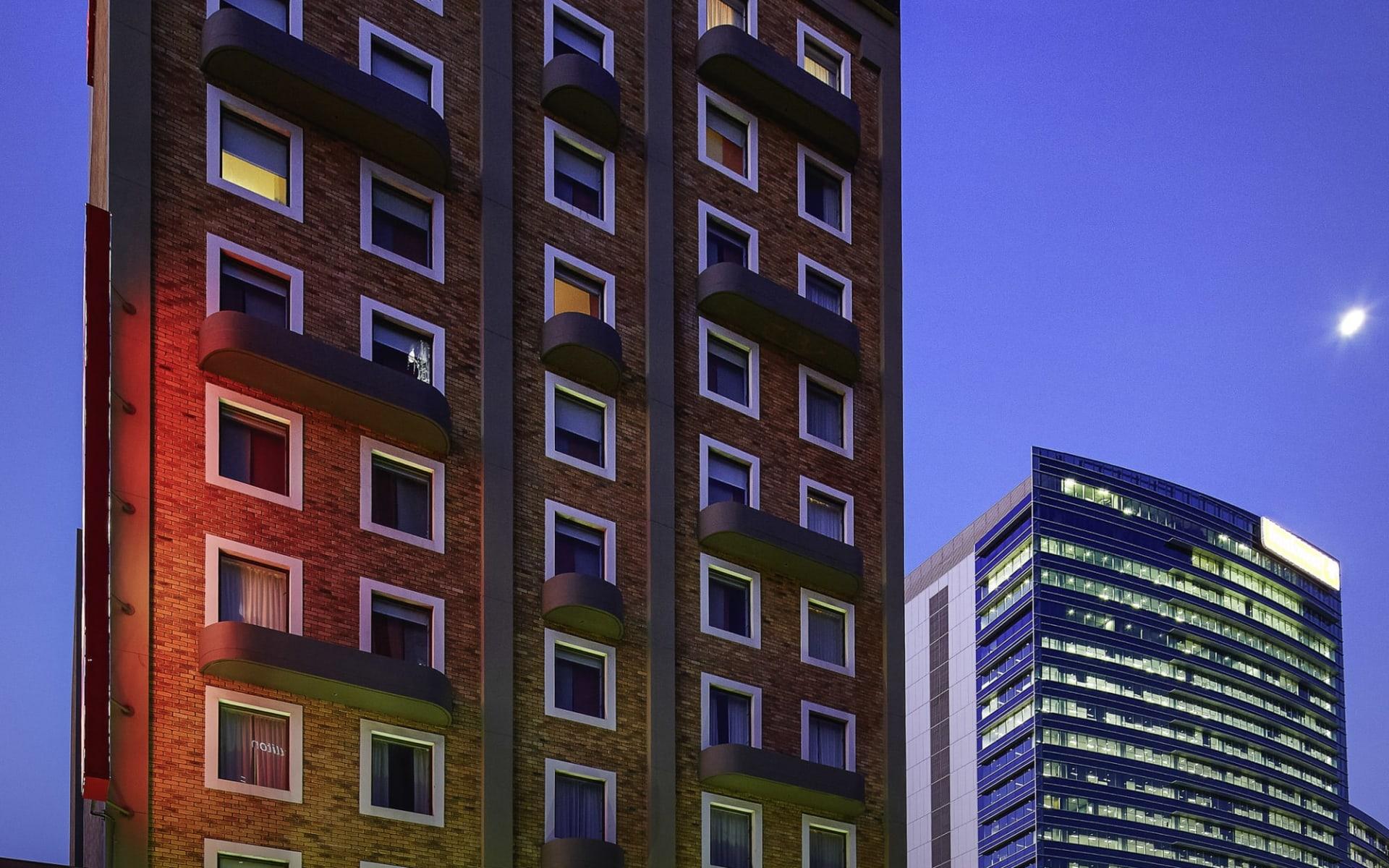 Hotel Ibis Perth:  Ibis Perth - Aussen Ansicht