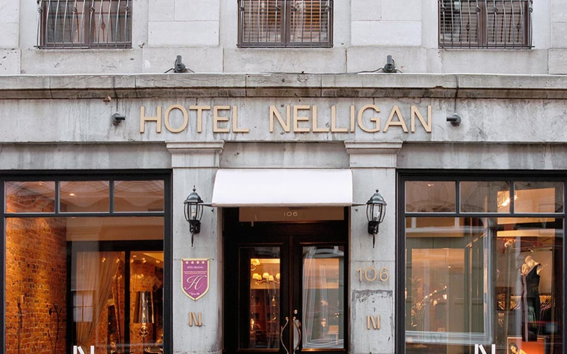 Hotel Nelligan in Montréal:  Le Nelligan_MainEntrance