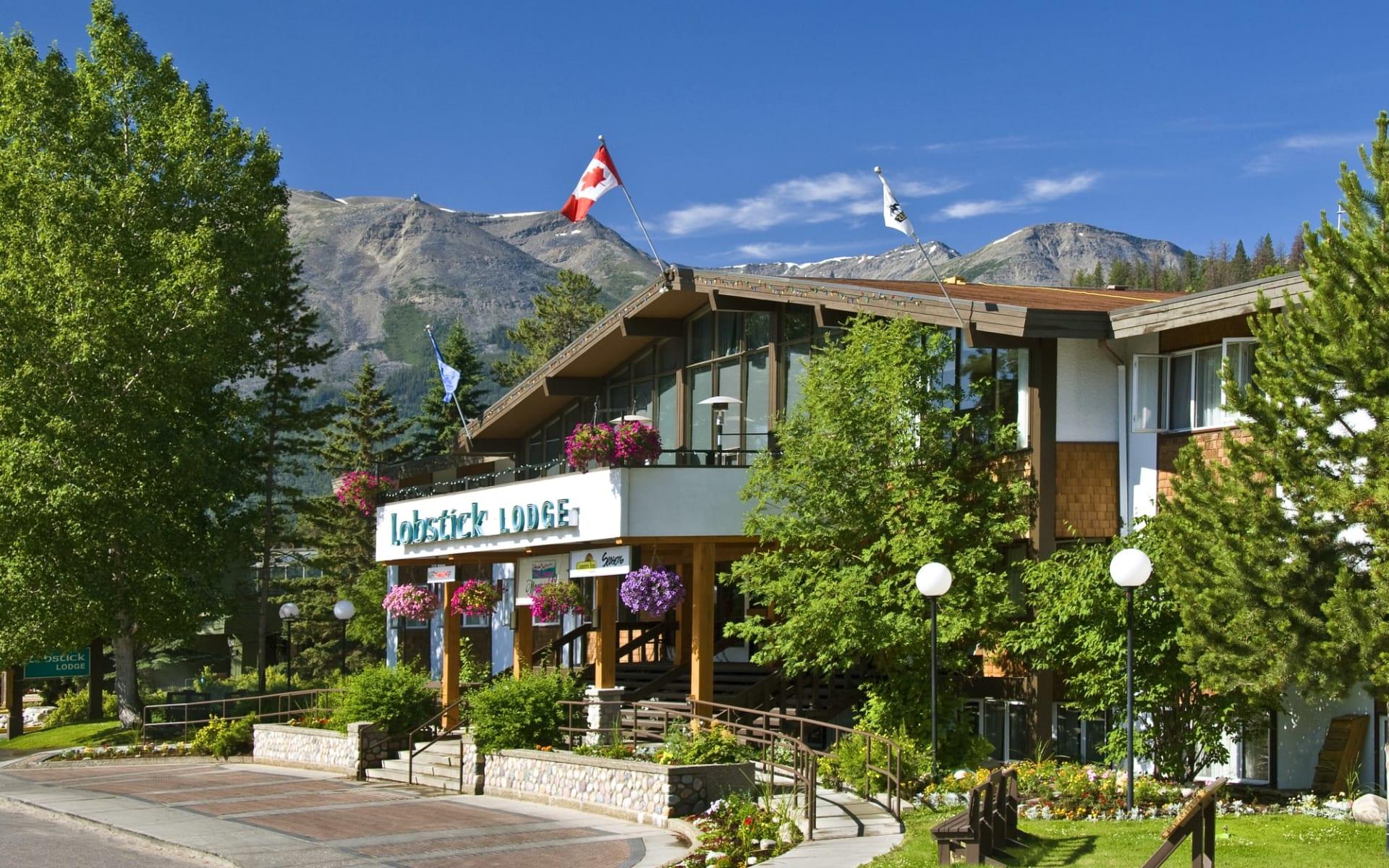 Lobstick Lodge in Jasper:  Lobstick Lodge_Summer2