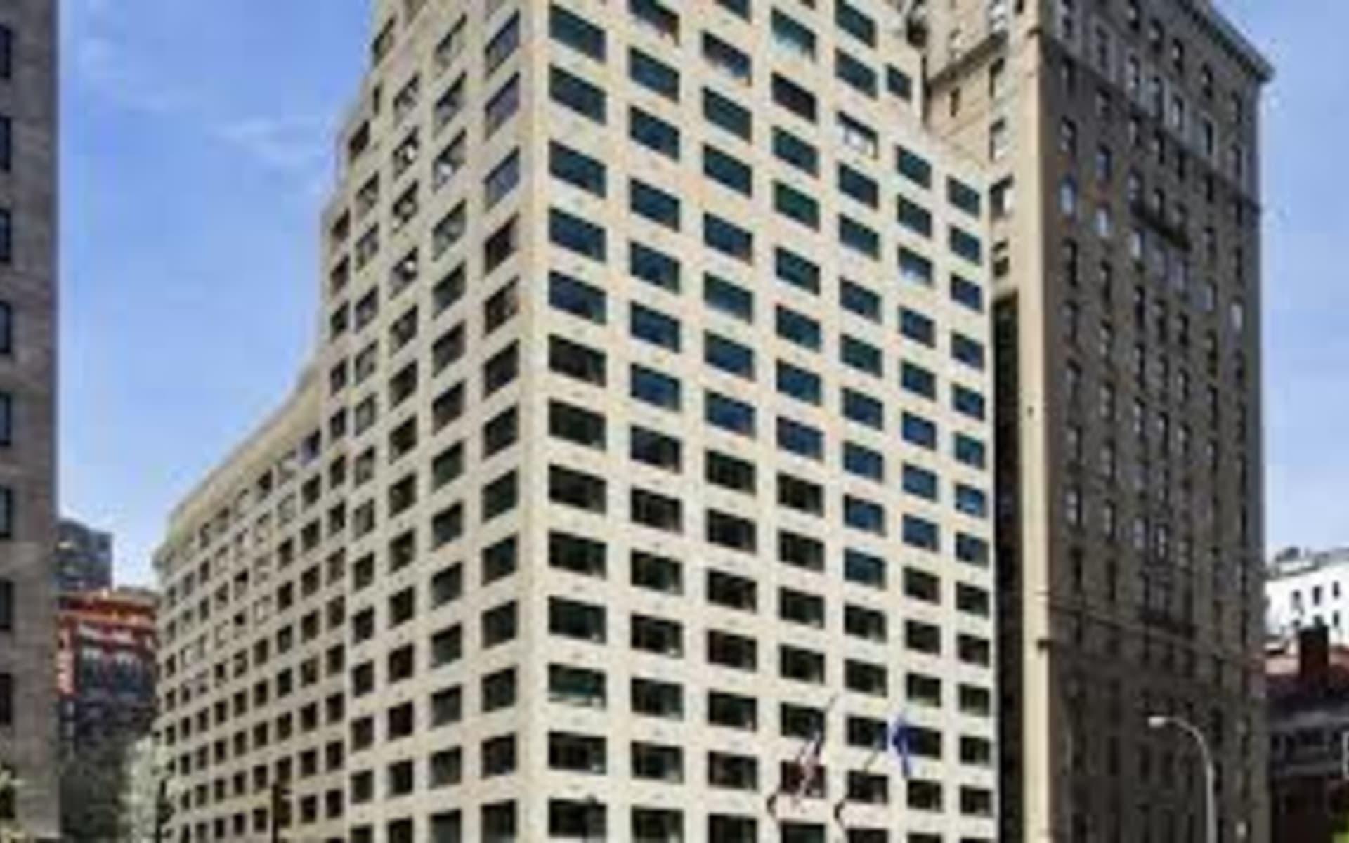 Loews Regency New York Hotel in New York - Manhattan:  Loews Regency - Fassade