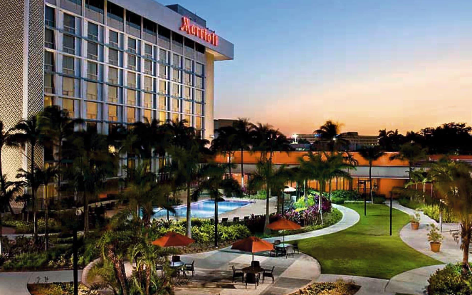Los Angeles Airport Marriott:  Mariott LAX Airport - Gartenanlage