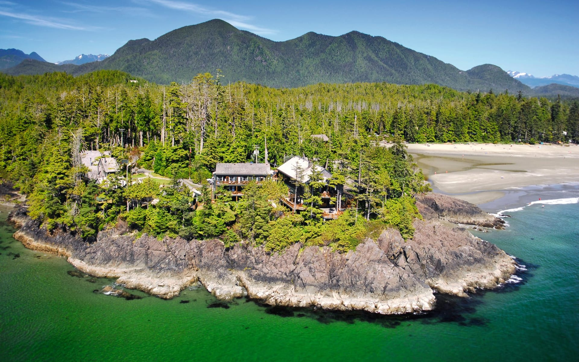 Middle Beach Lodge in Tofino:  Middle Beach Lodge_Aussenansicht