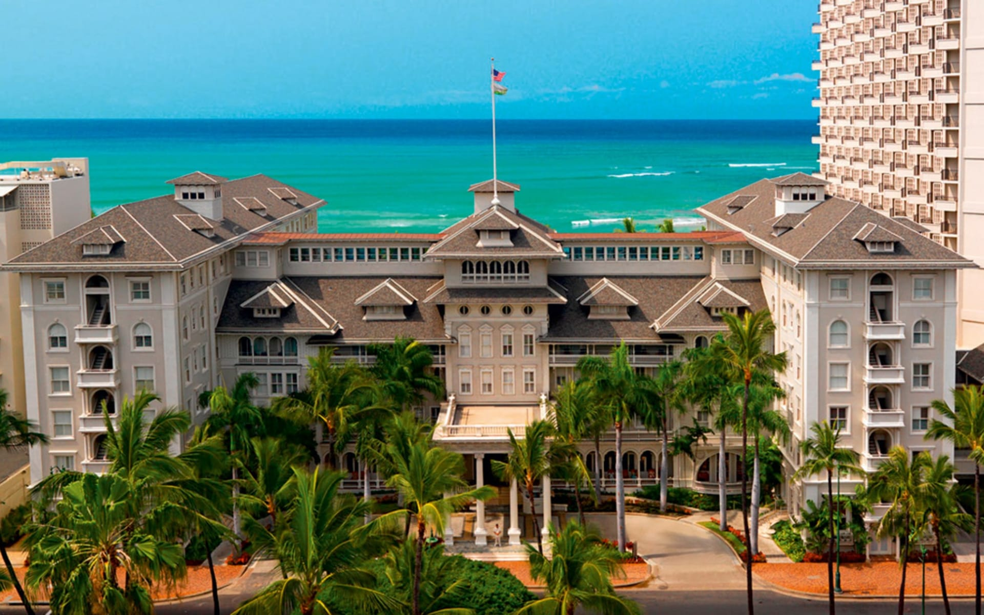 Moana Surfrider, a Westin Resort in Honolulu - Oahu:  Moana Surfrider - a Westin Resort - Aussenansicht