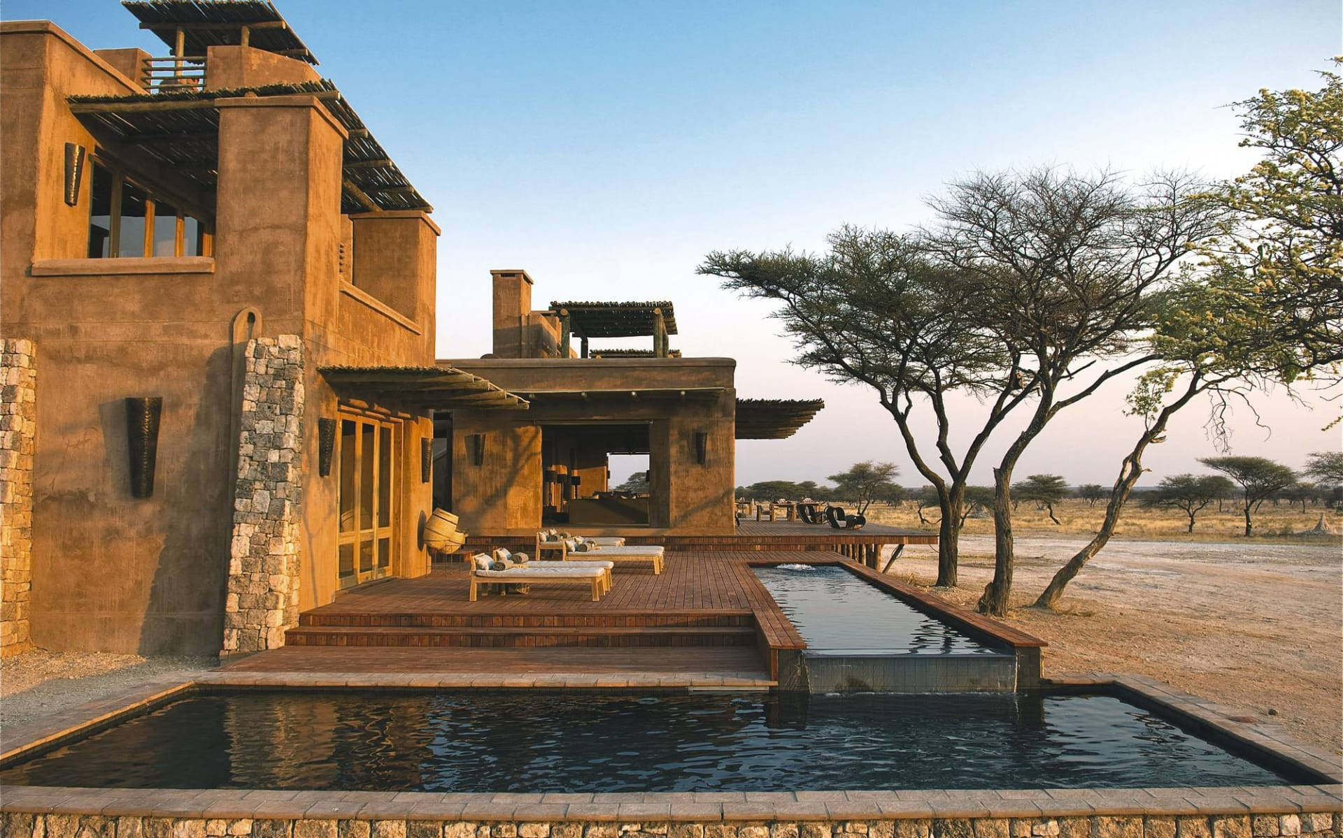 Onguma The Fort in Etosha Nationalpark:  Mokuti Etosha Lodge - The Fort