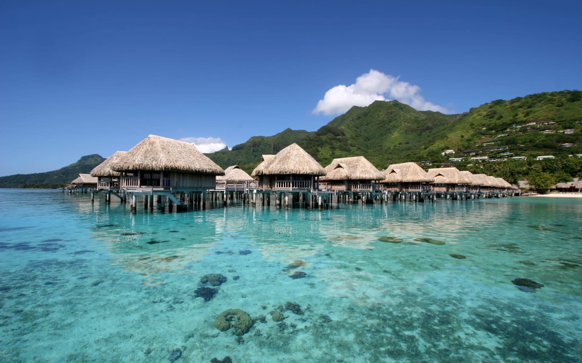 Sofitel Moorea Ia Ora Beach Resort Hotel:  MOZ Sofitel Moorea SUP OW Bungalow1