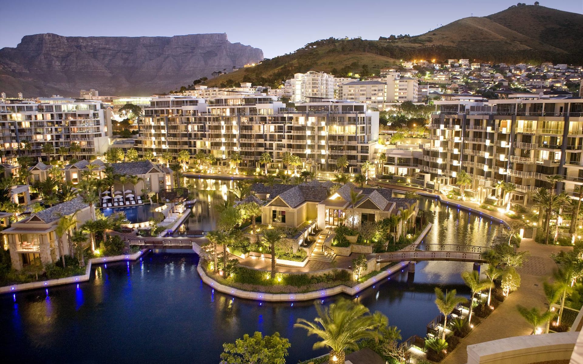 One & Only Cape Town in Kapstadt: One & Only Cape Town - Vogelperspektive über Hotelanlage