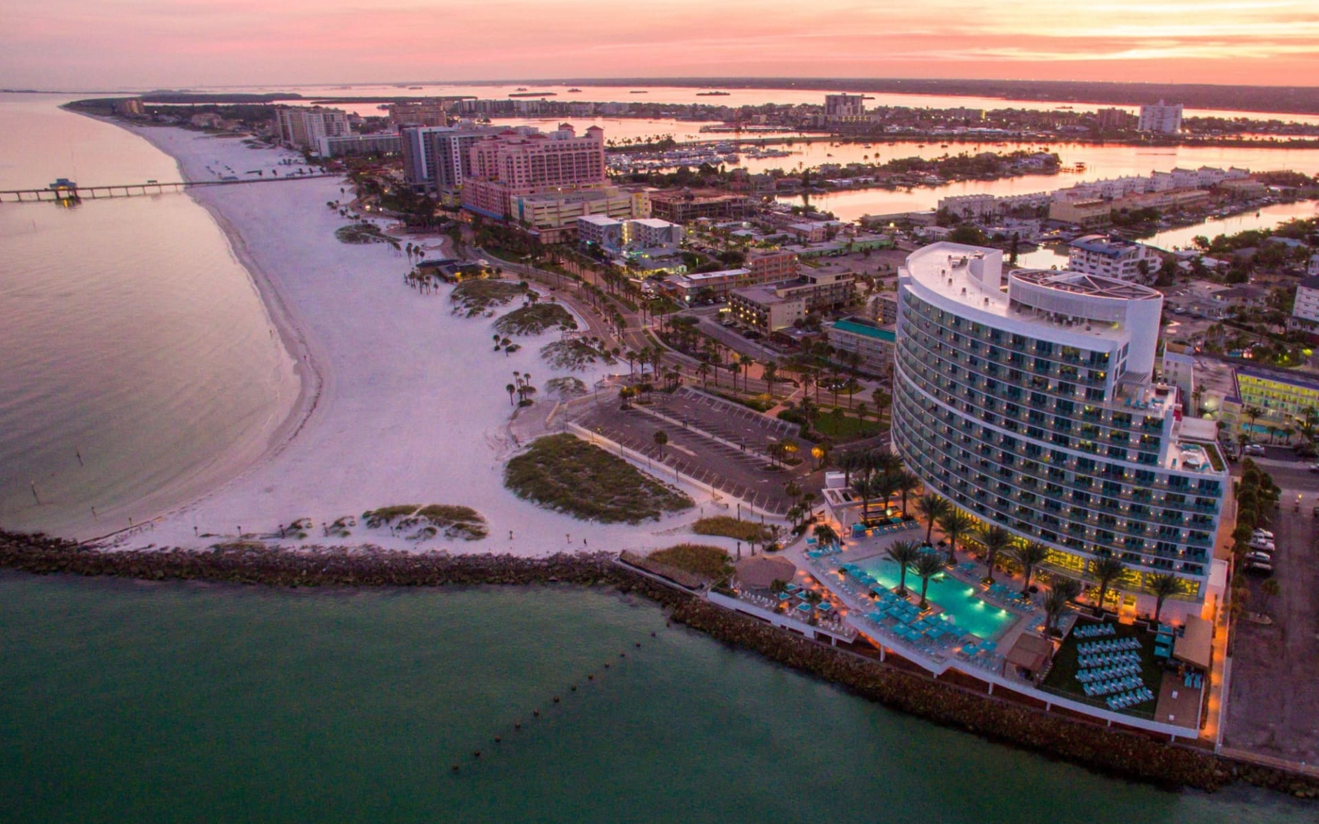 Opal Sands Resort in Clearwater Beach: Exterior_Opal Sands Resort_Aerial with Beach