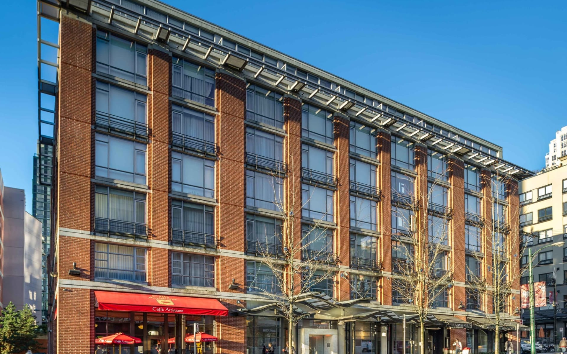 Opus Hotel in Vancouver: exterior_Opus Hotel_FrontalView