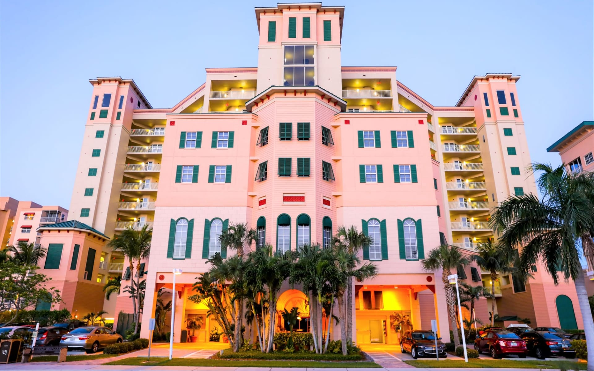 Pink Shell Beach Resort in Fort Myers:  Pink Shell Beach Resort - Exterior