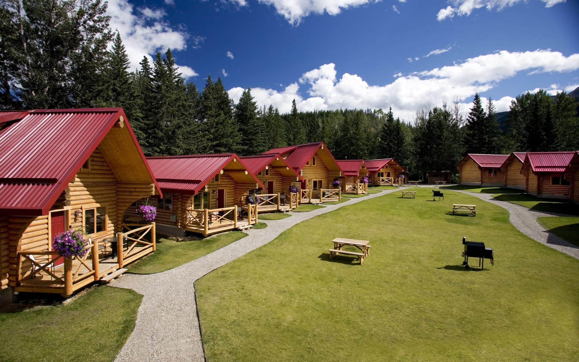 Pocahontas Cabins in Jasper:  PocahontasCabins_Summer