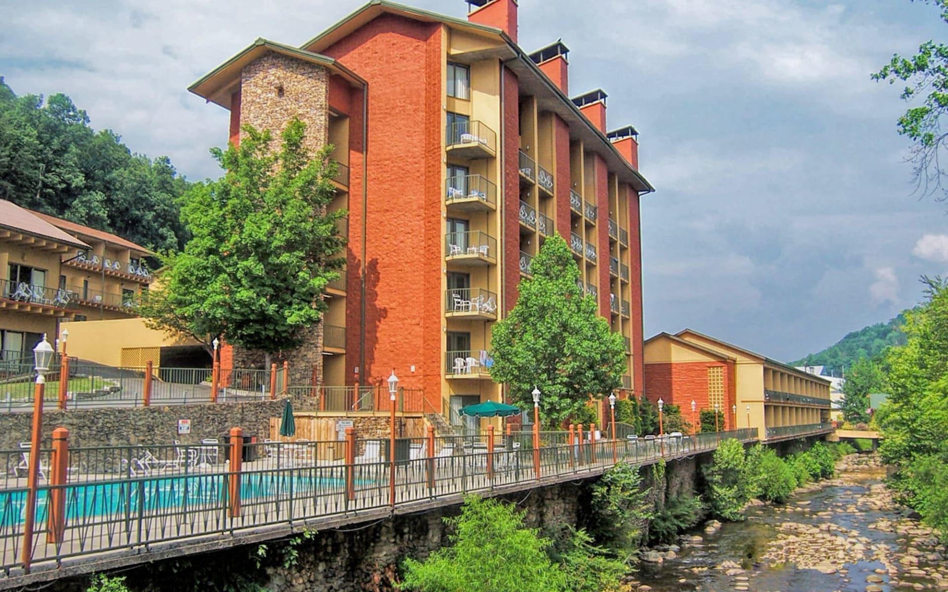 River Terrace Resort in Gatlinburg: Exterior_River Terrace Resort_Aussenansicht 1_Tourmappers